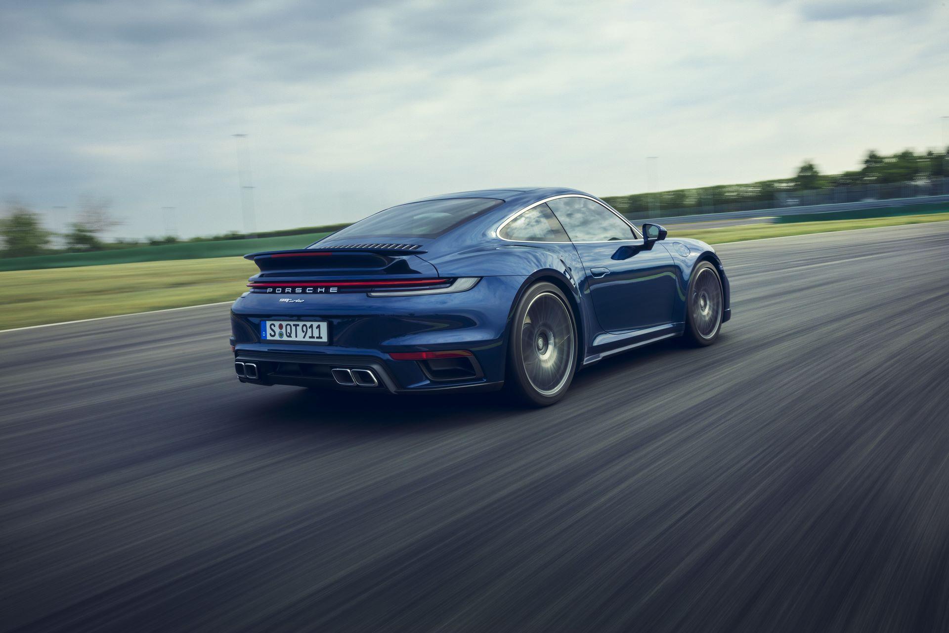 Porsche-911-Turbo-2020-14