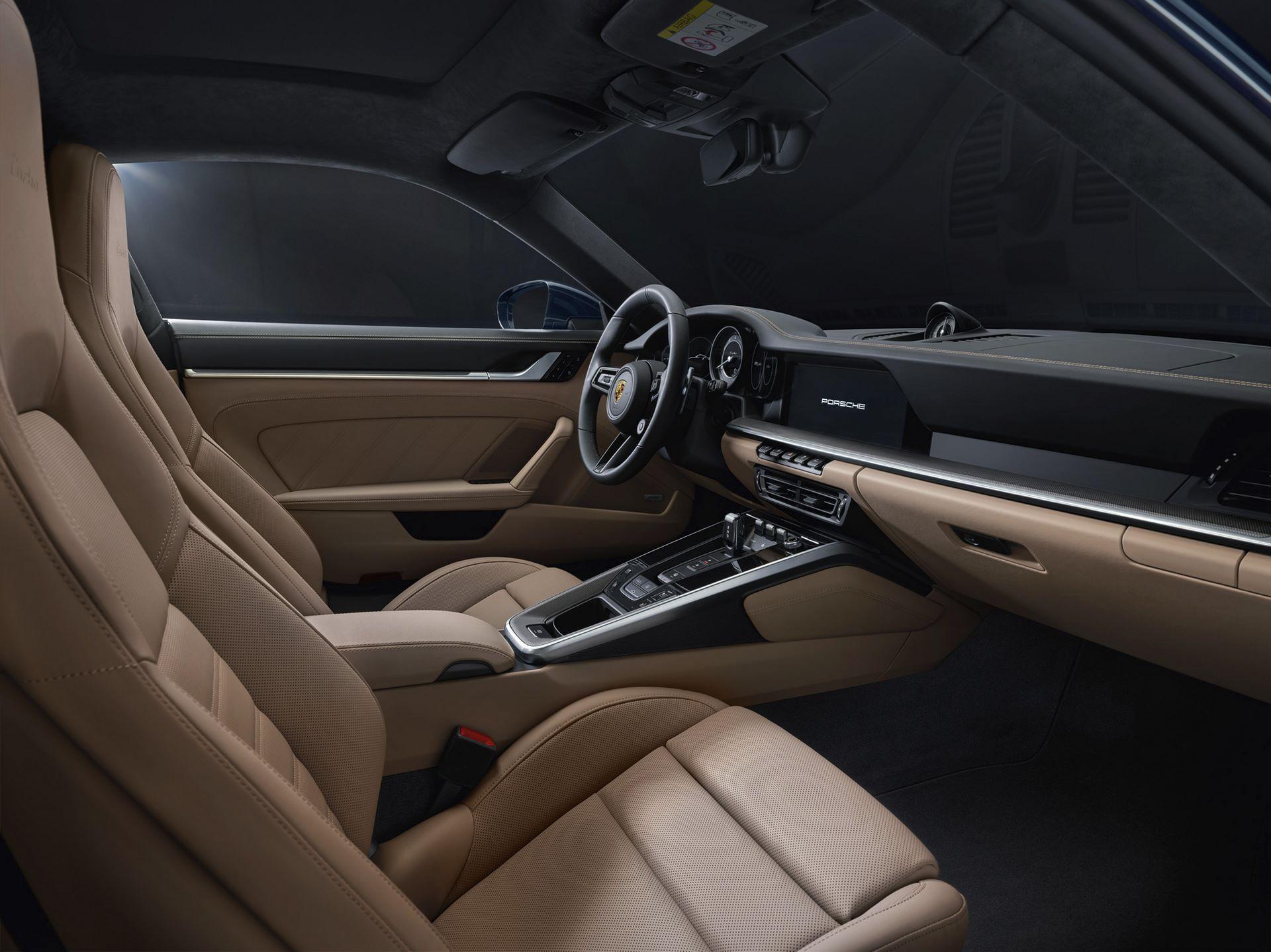 Porsche-911-Turbo-2020-15