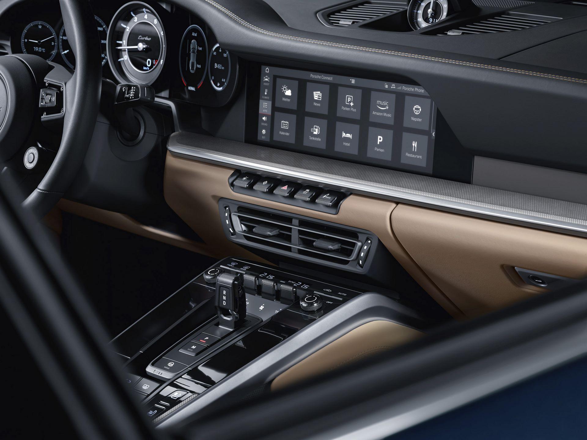 Porsche-911-Turbo-2020-16
