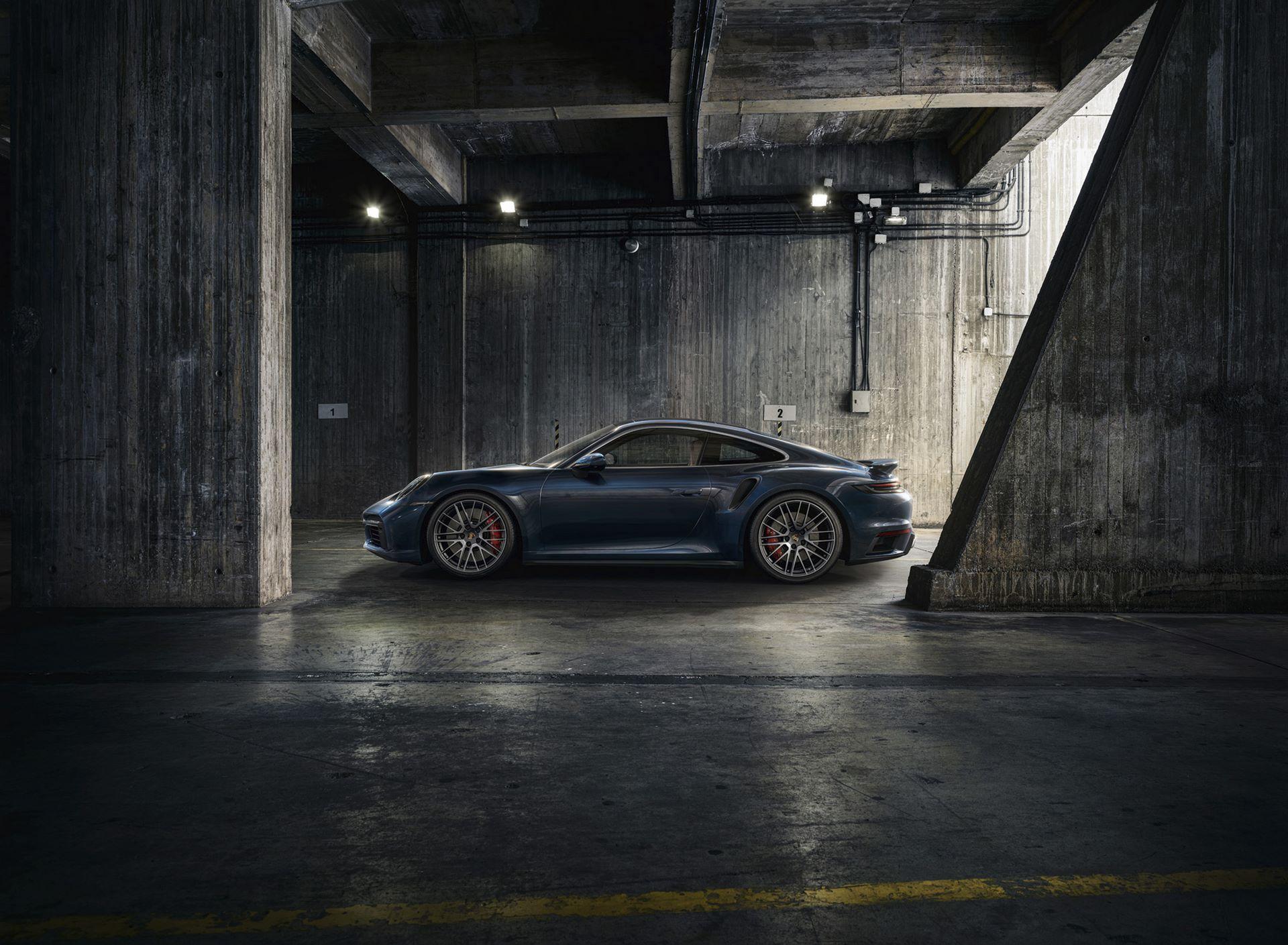 Porsche-911-Turbo-2020-3