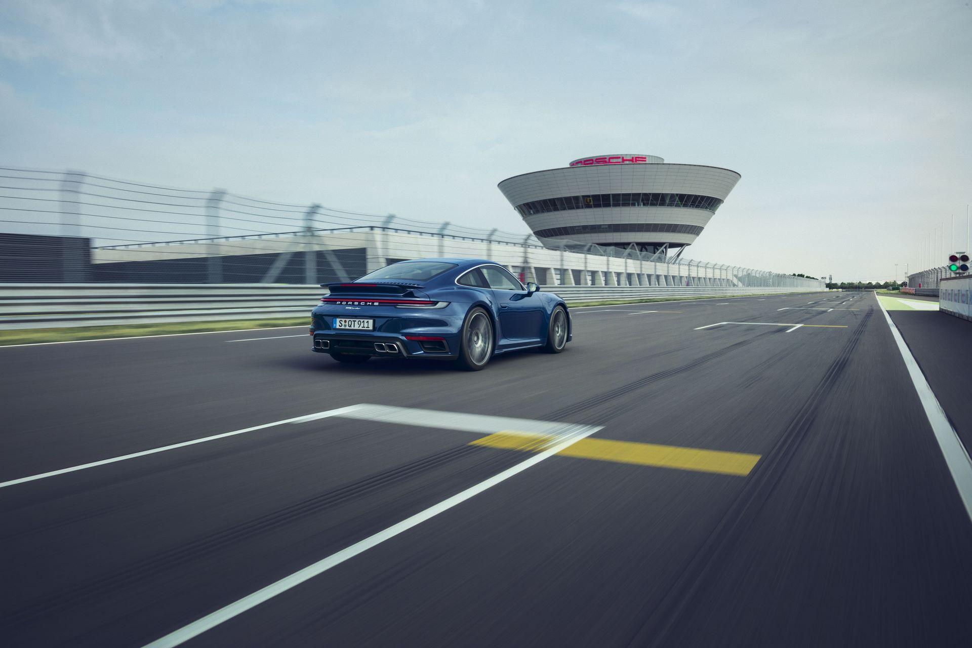 Porsche-911-Turbo-2020-9