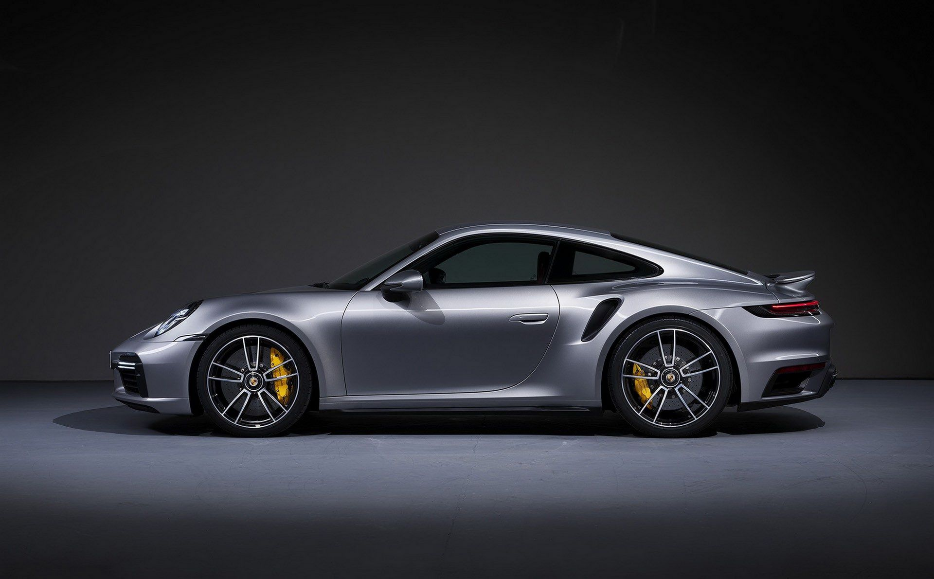 Porsche-911-Turbo-S-2020-14