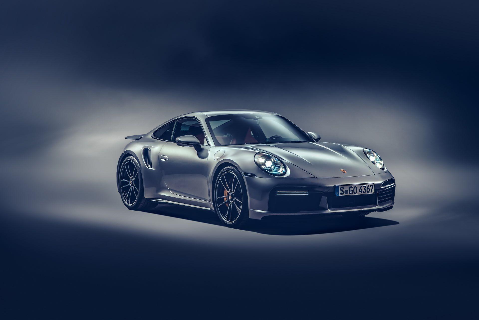 Porsche-911-Turbo-S-2020-17