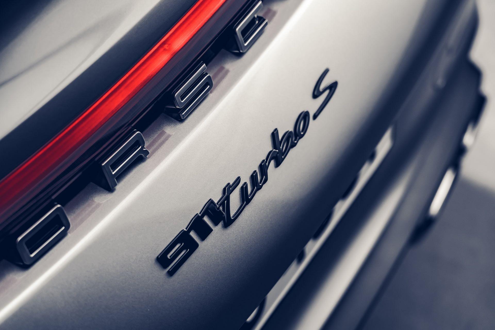 Porsche-911-Turbo-S-2020-44
