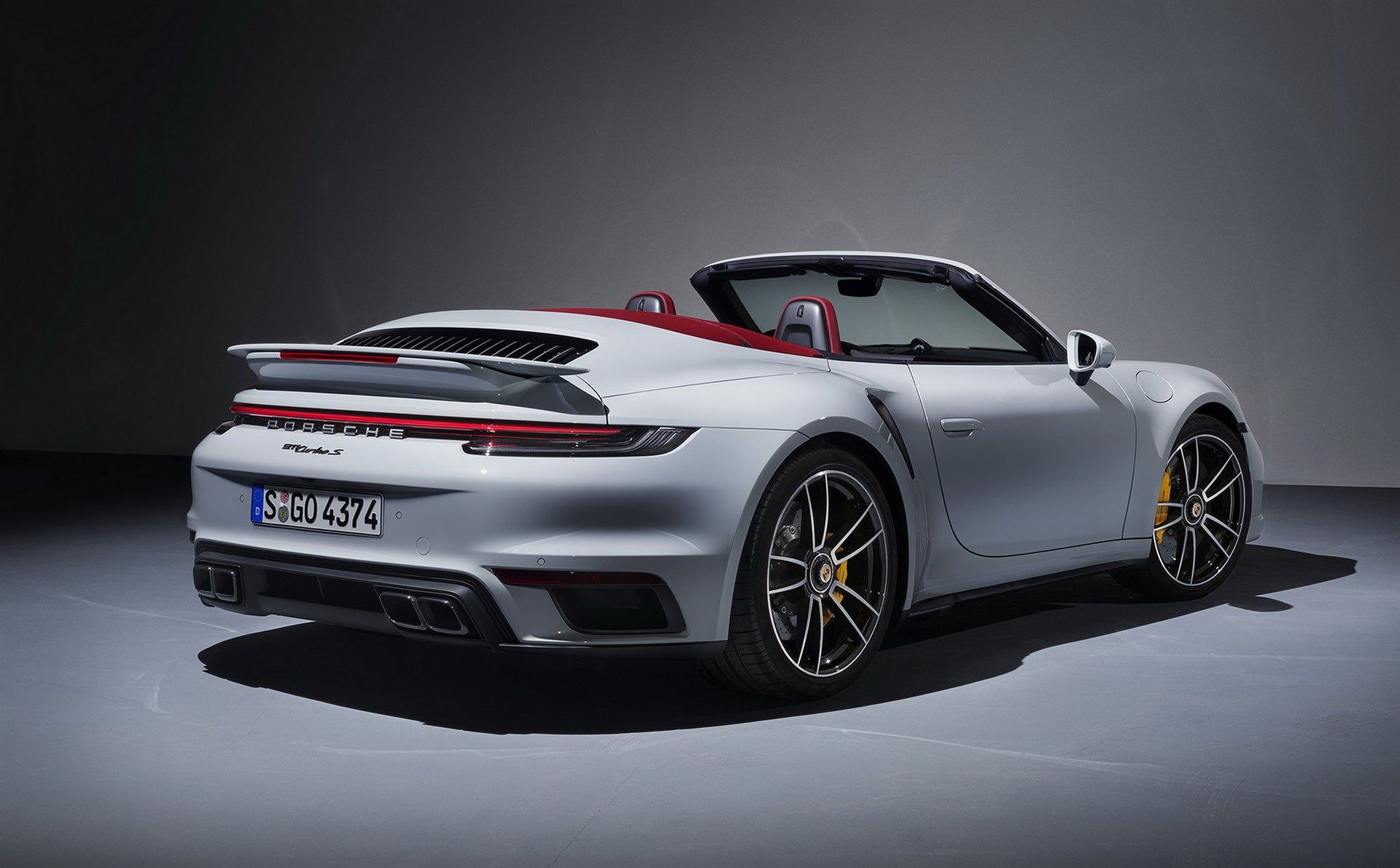 Porsche-911-Turbo-S-2020-45