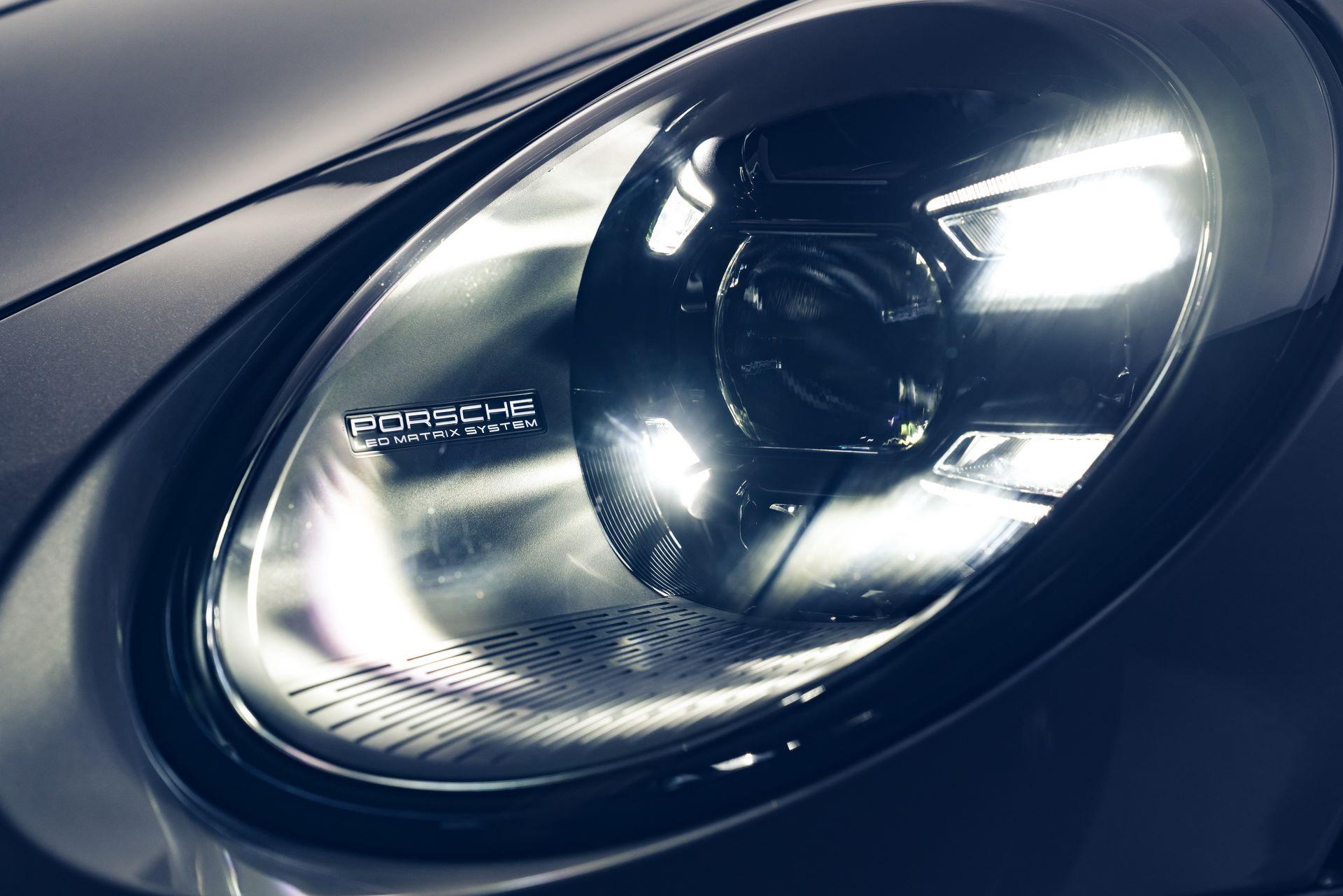 Porsche-911-Turbo-S-2020-52