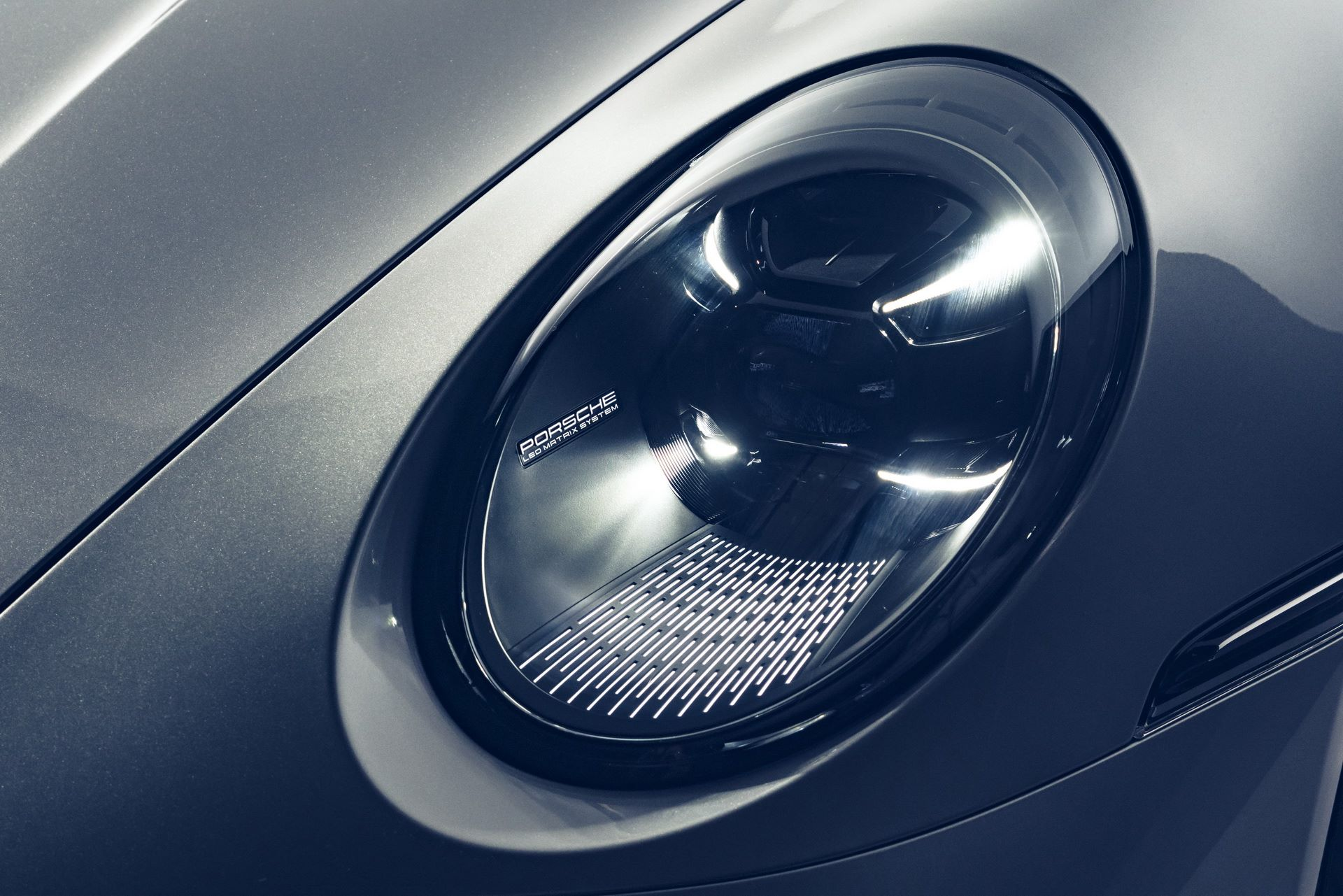 Porsche-911-Turbo-S-2020-55