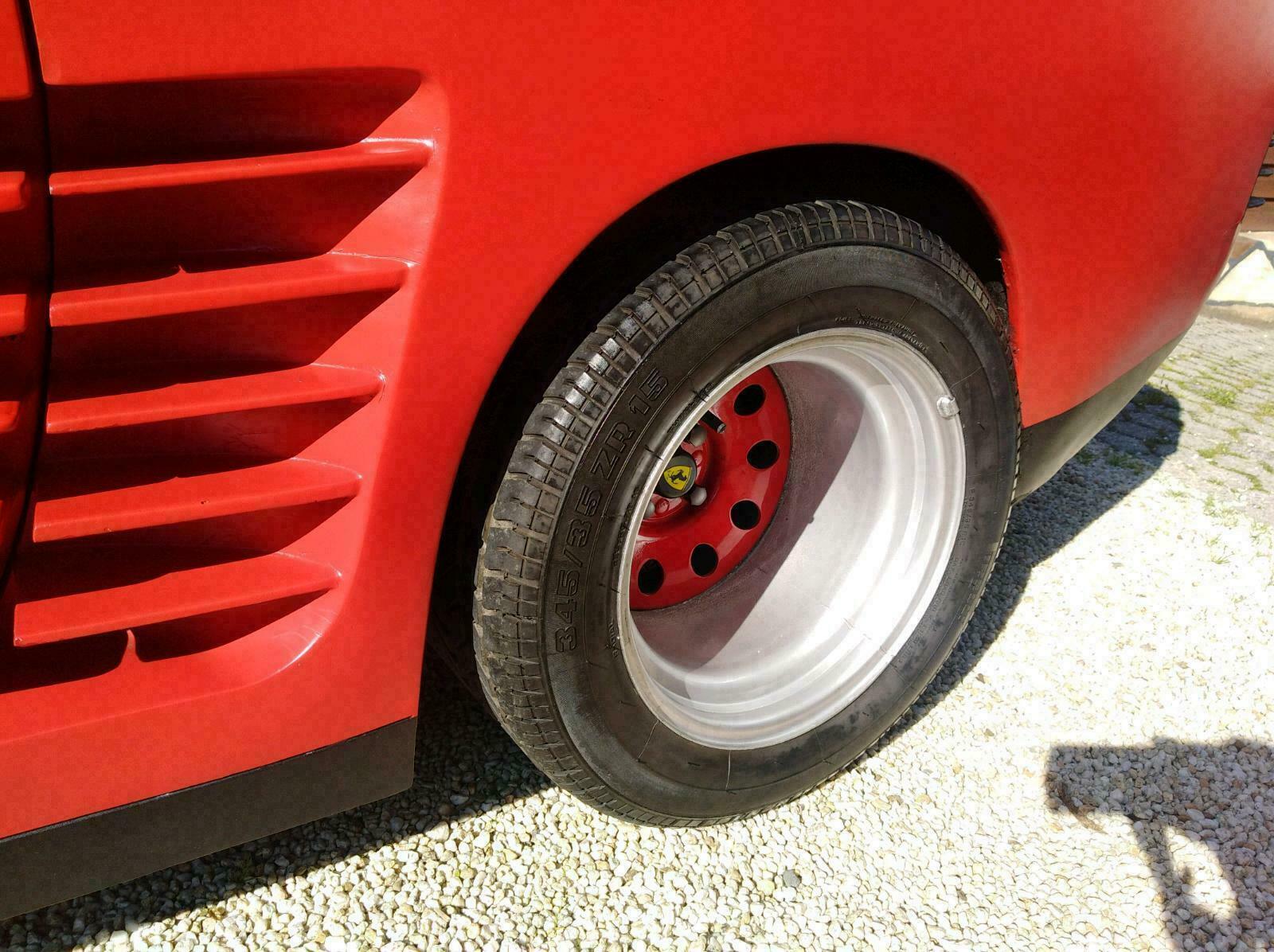 Porsche-924-Ferrari-Testarossa-Replica-3
