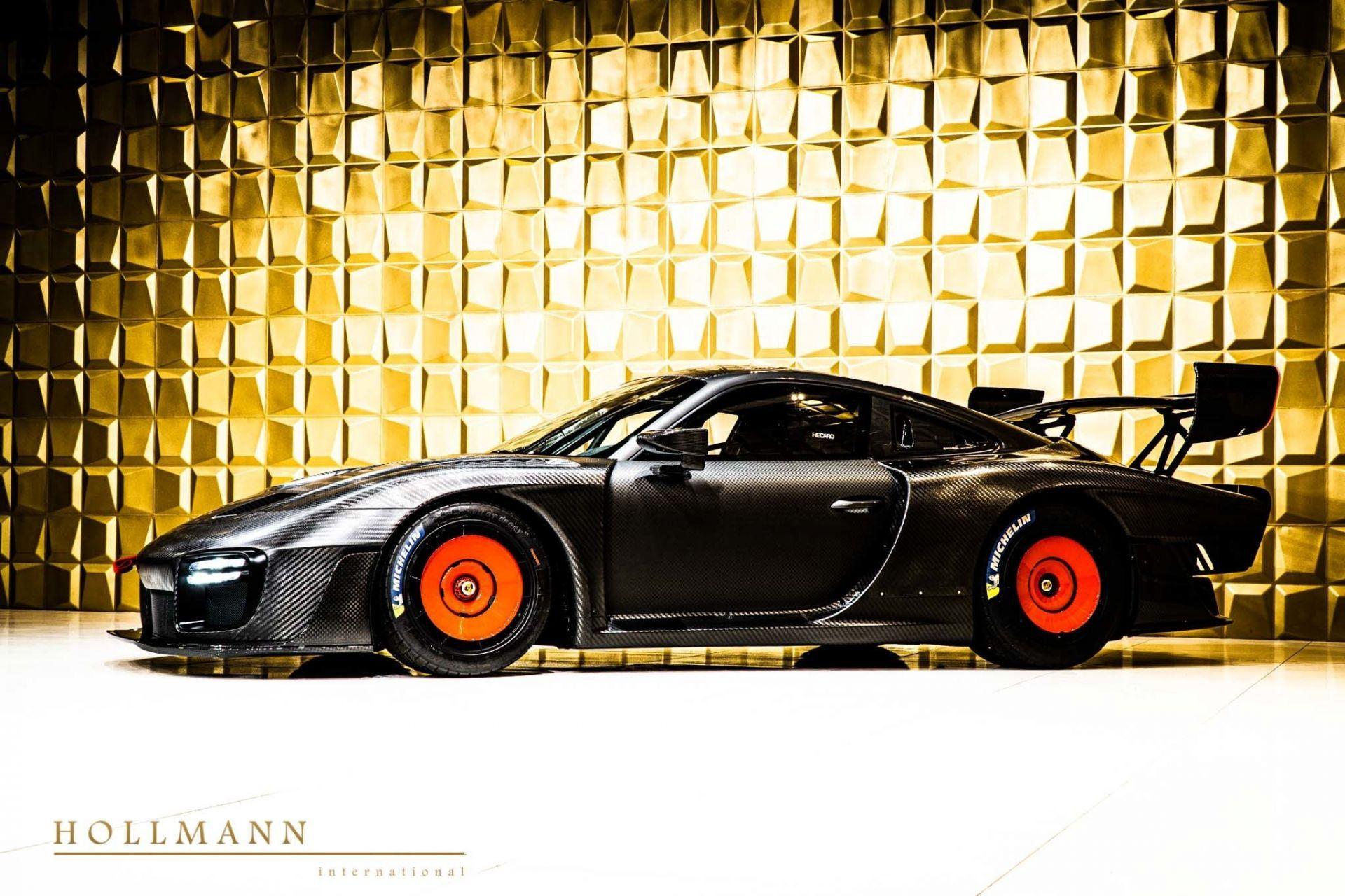 Porsche_935_naked_carbon_sale_0002