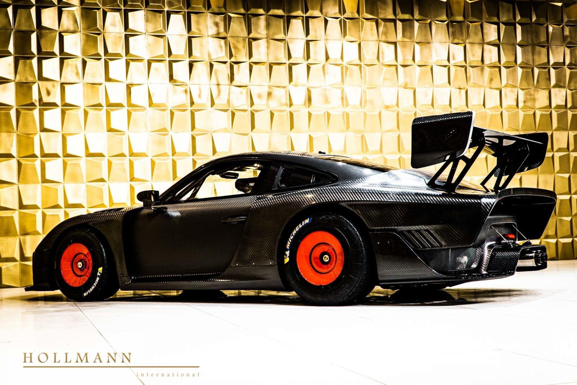 Porsche_935_naked_carbon_sale_0006