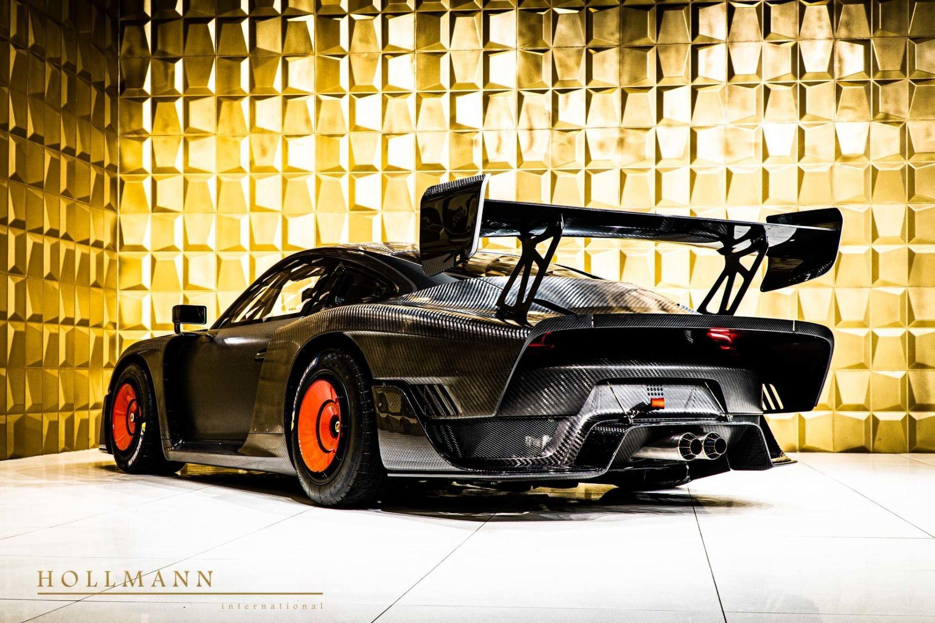 Porsche_935_naked_carbon_sale_0007