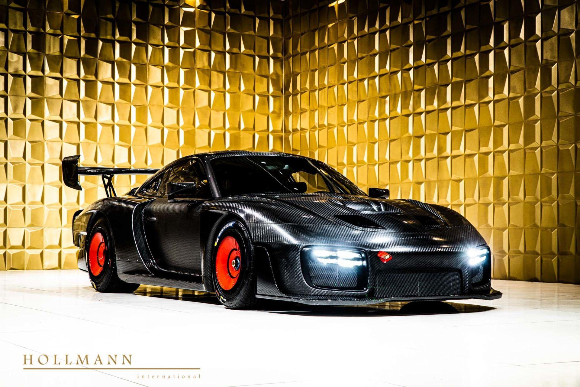 Porsche_935_naked_carbon_sale_0019