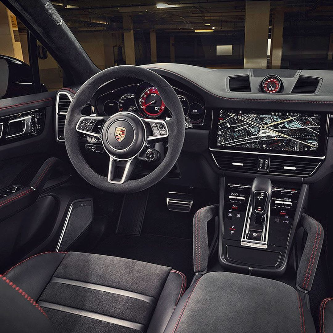 Porsche_Cayenne_Coupe_GTS_leaked0002