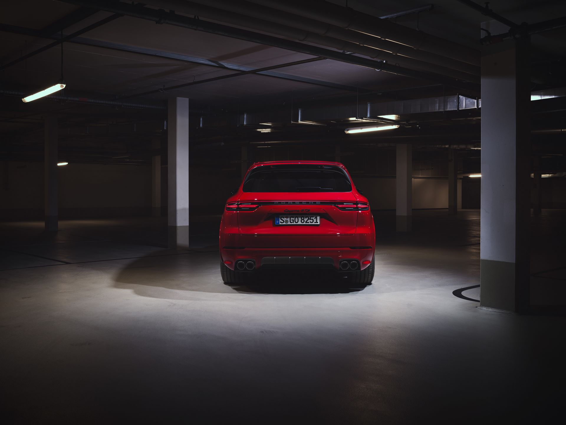Porsche-Cayenne-GTS-and-Cayenne-GTS-Coupe-2021-18