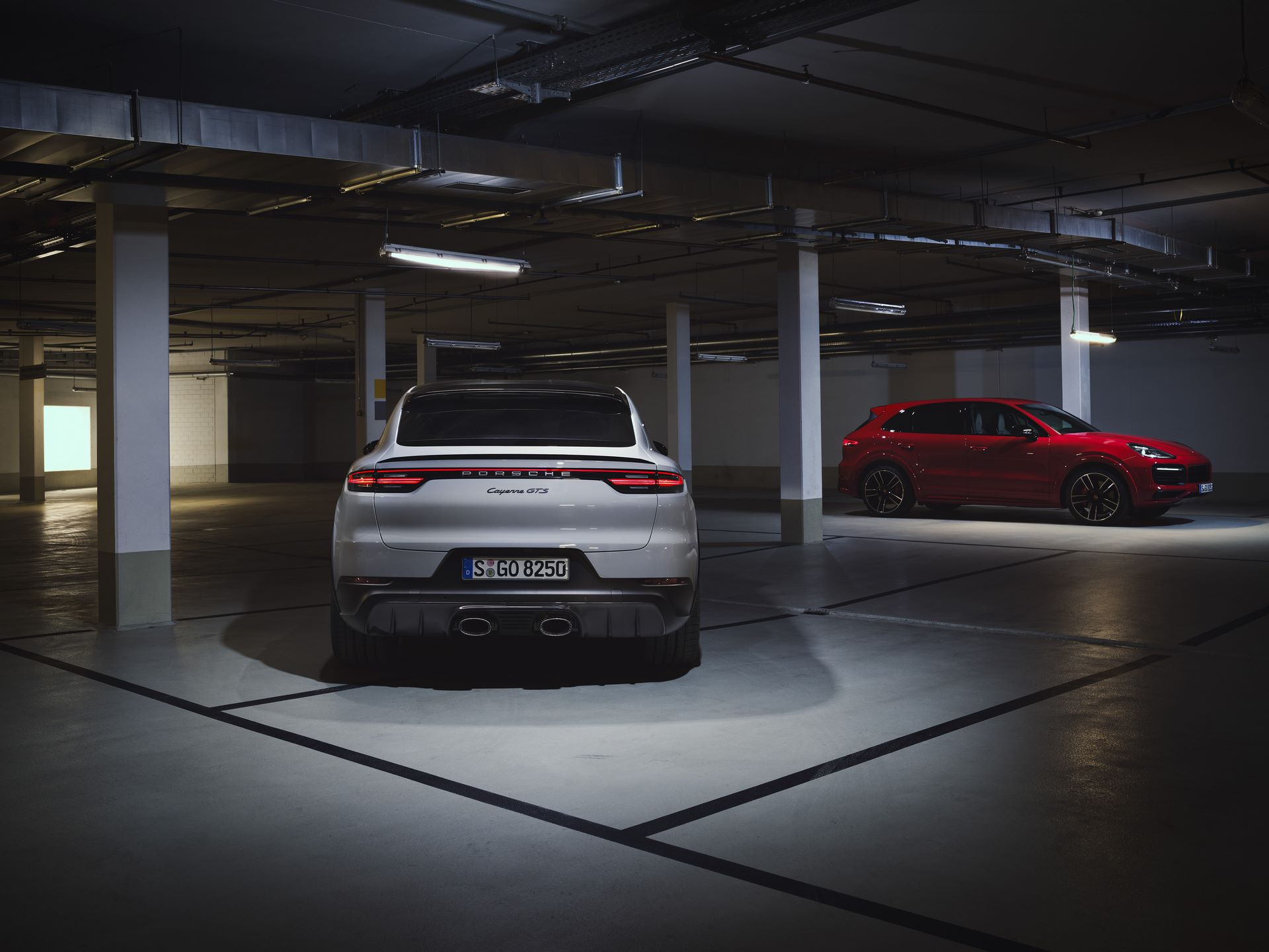 Porsche-Cayenne-GTS-and-Cayenne-GTS-Coupe-2021-4