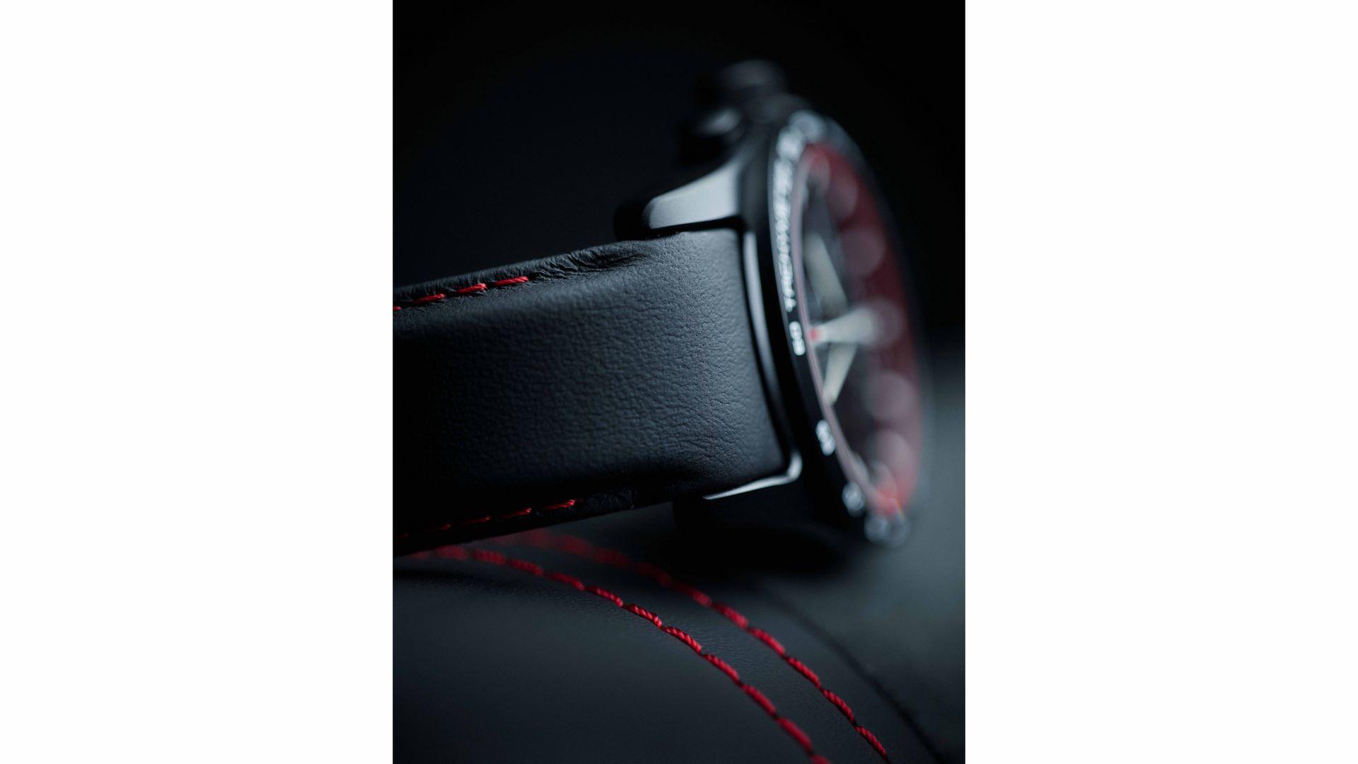 Porsche-Design-Watches-Personalize-14