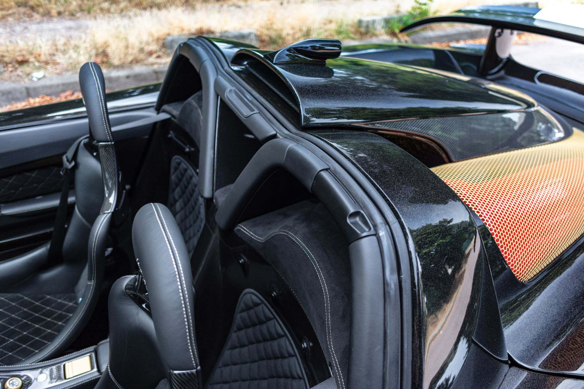 2005-Porsche-Gemballa-Mirage-GT-_12