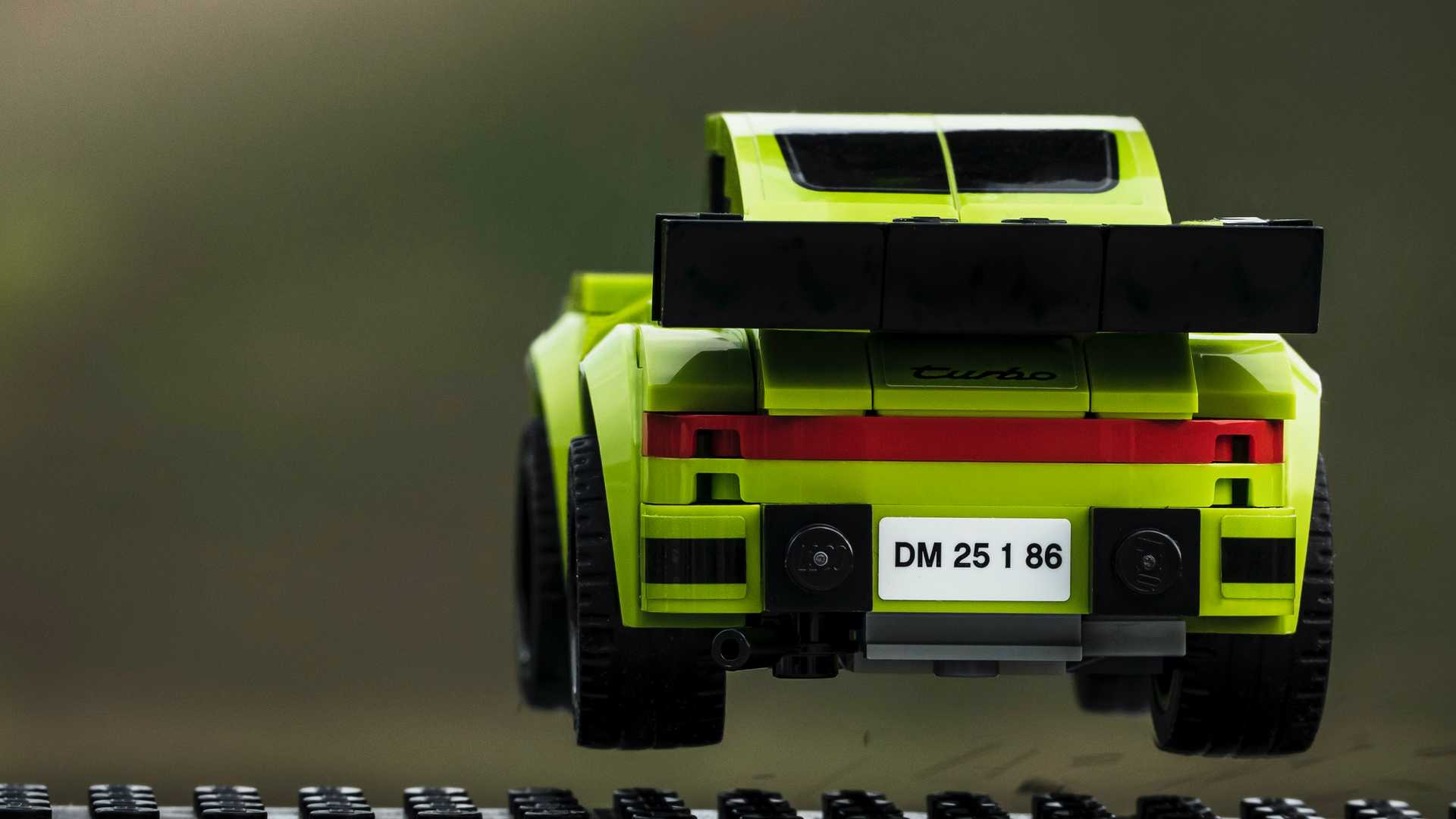 Porsche-Iconic-Moments-In-Lego-20