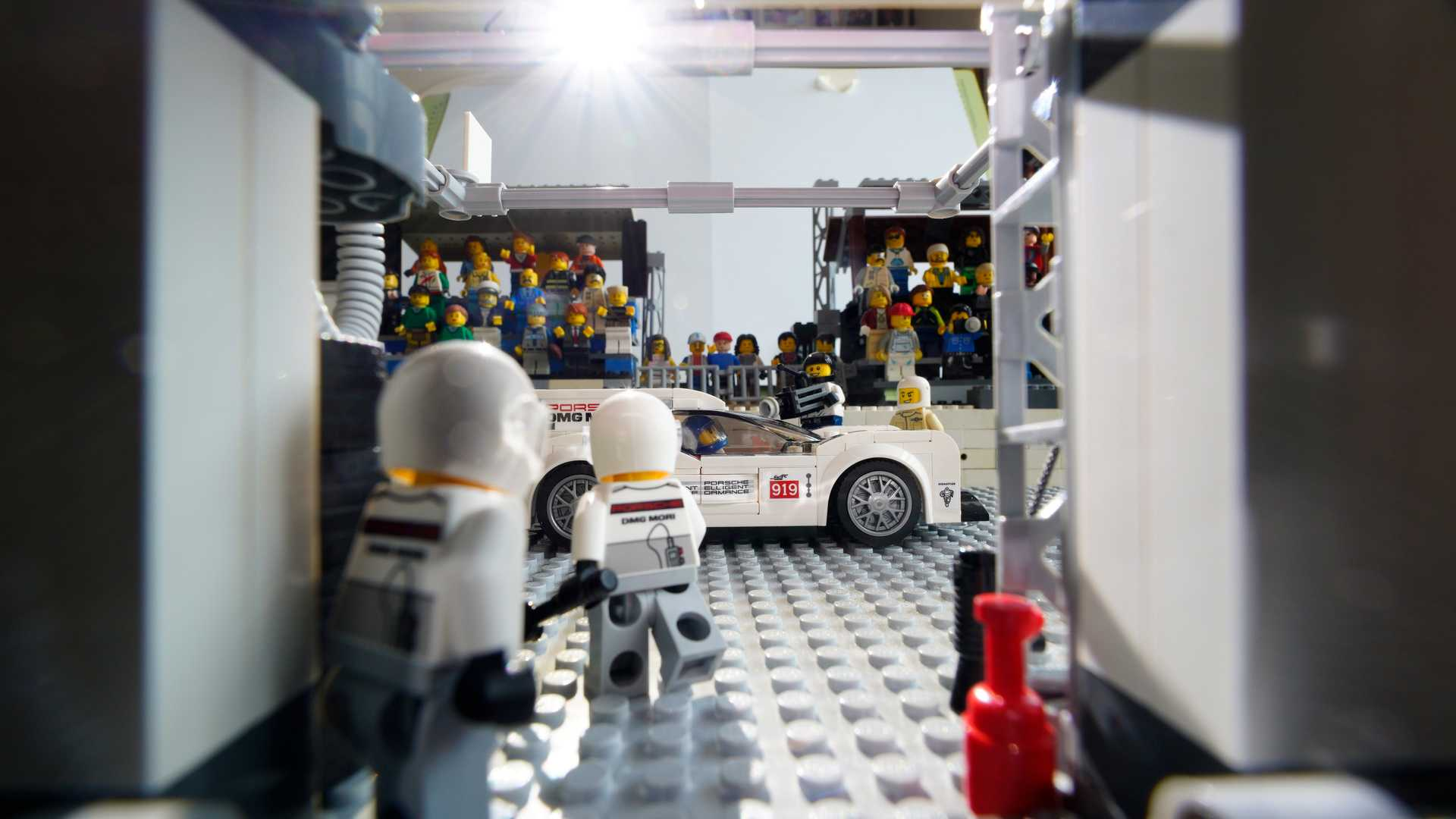 Porsche-Iconic-Moments-In-Lego-5