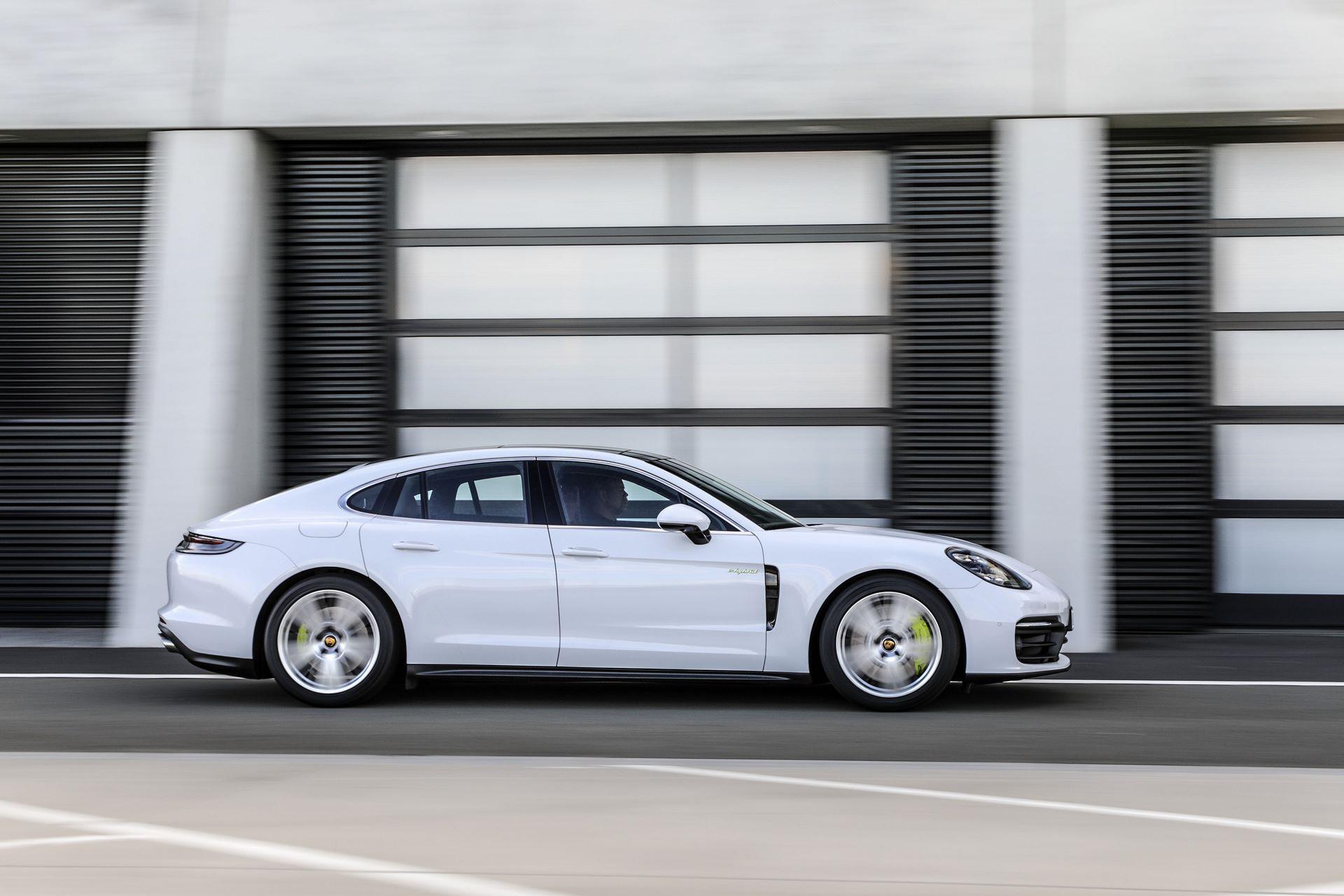 Porsche-Panamera-facelift-2020-13