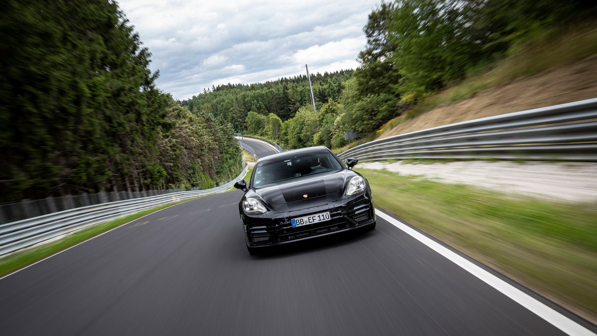 Porsche-Panamera-facelift-2020-31