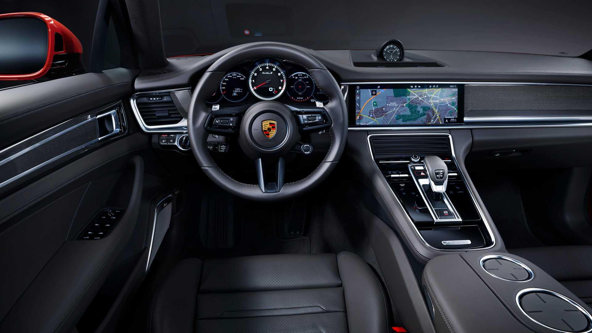 porsche-panamera-turbo-s-2021-cockpit