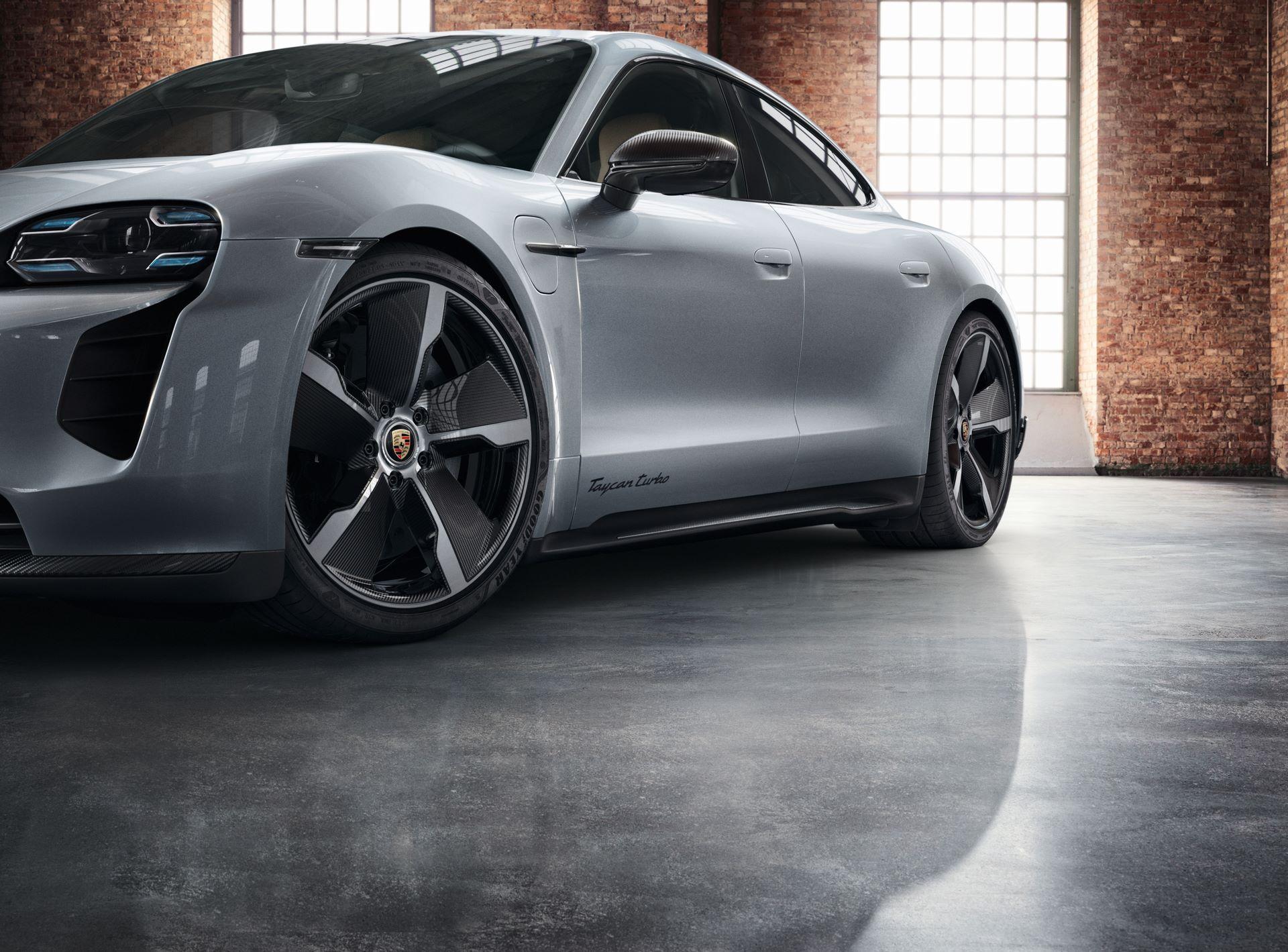 Porsche-Taycan-by-Porsche-Exclusive-Manufaktur-3
