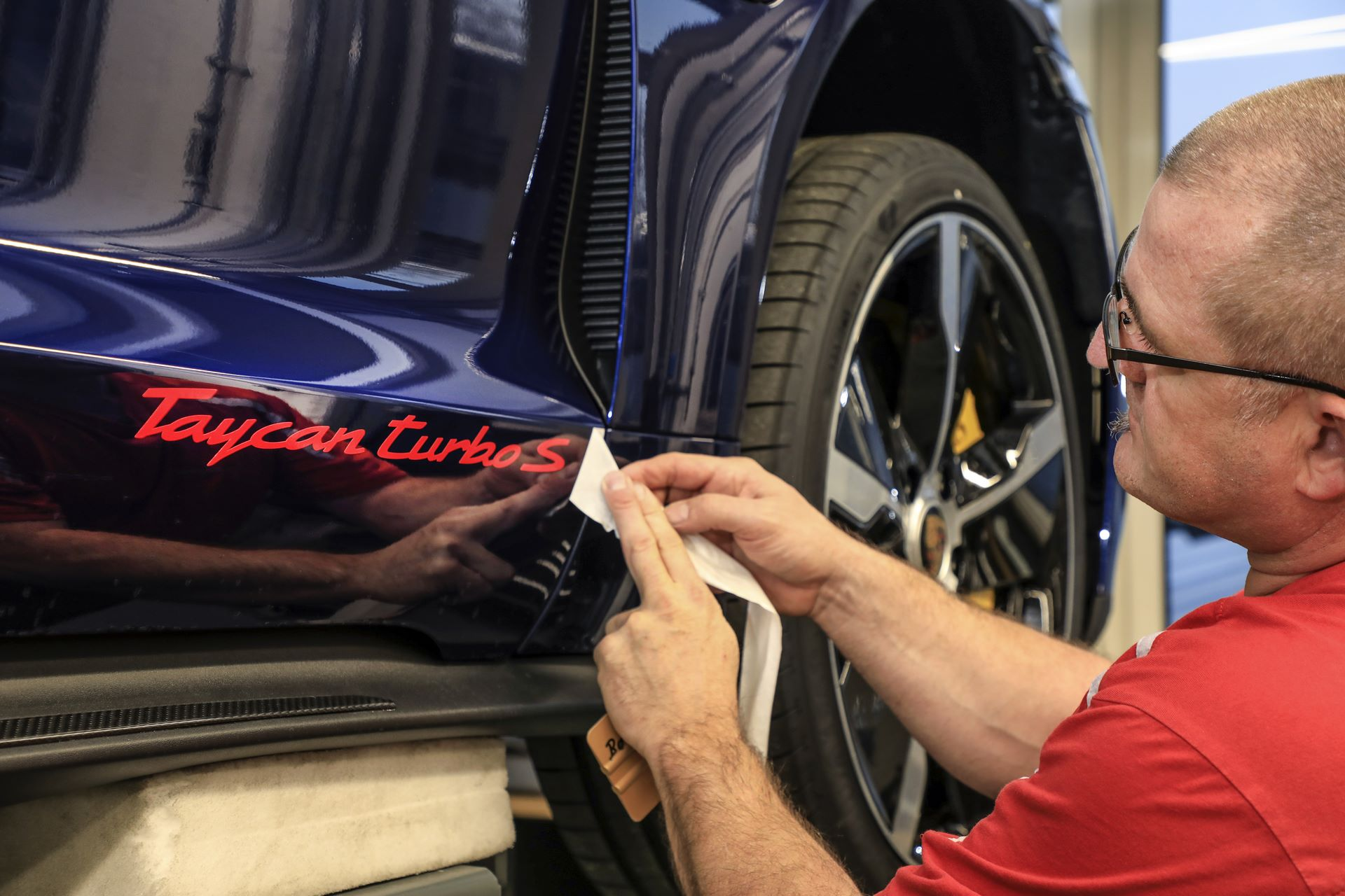 Porsche-Taycan-by-Porsche-Exclusive-Manufaktur-8