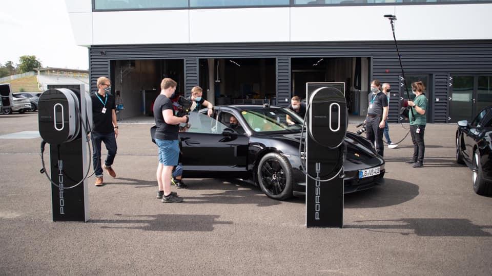 Porsche_Taycan_drifts_Guinness_0013
