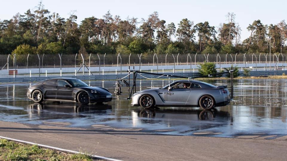 Porsche_Taycan_drifts_Guinness_0014