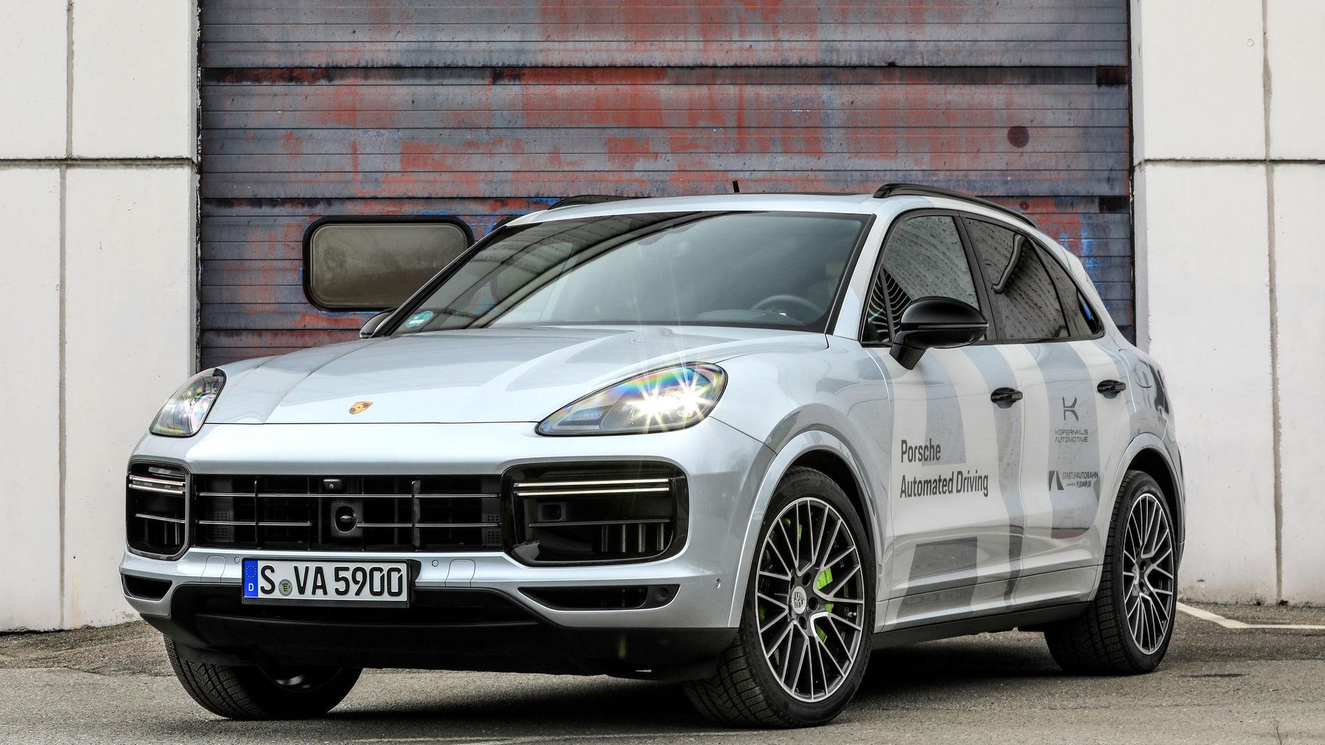Porsche-Autonomous-8
