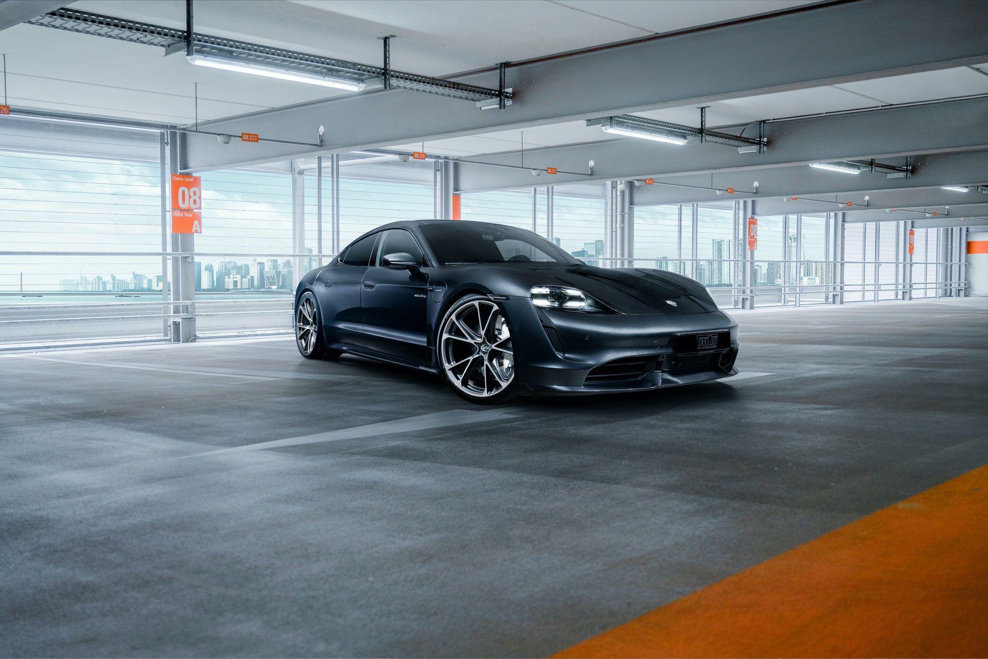 Porsche_Taycan_TechArt_0000