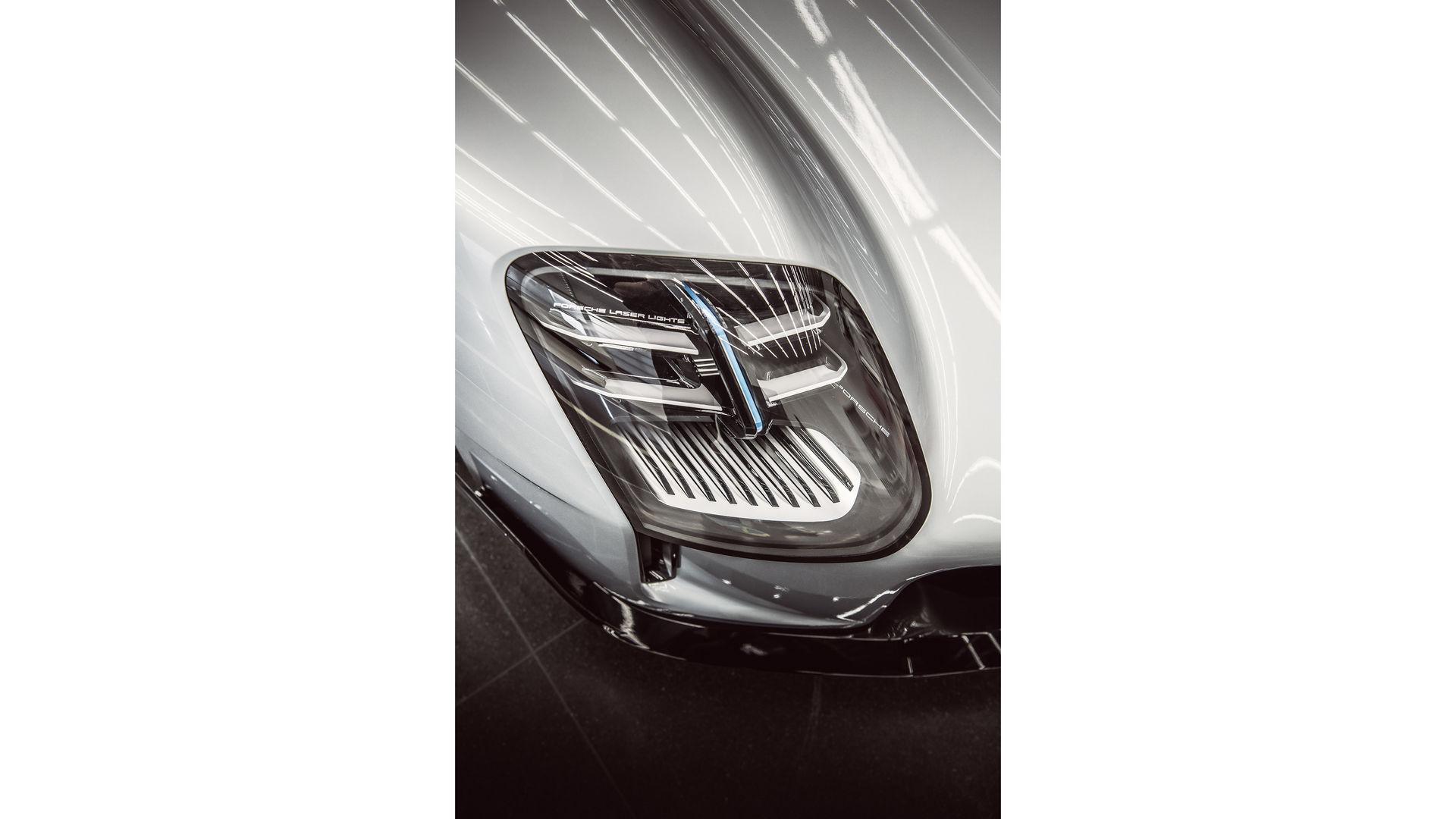 Porsche-919-Street-10