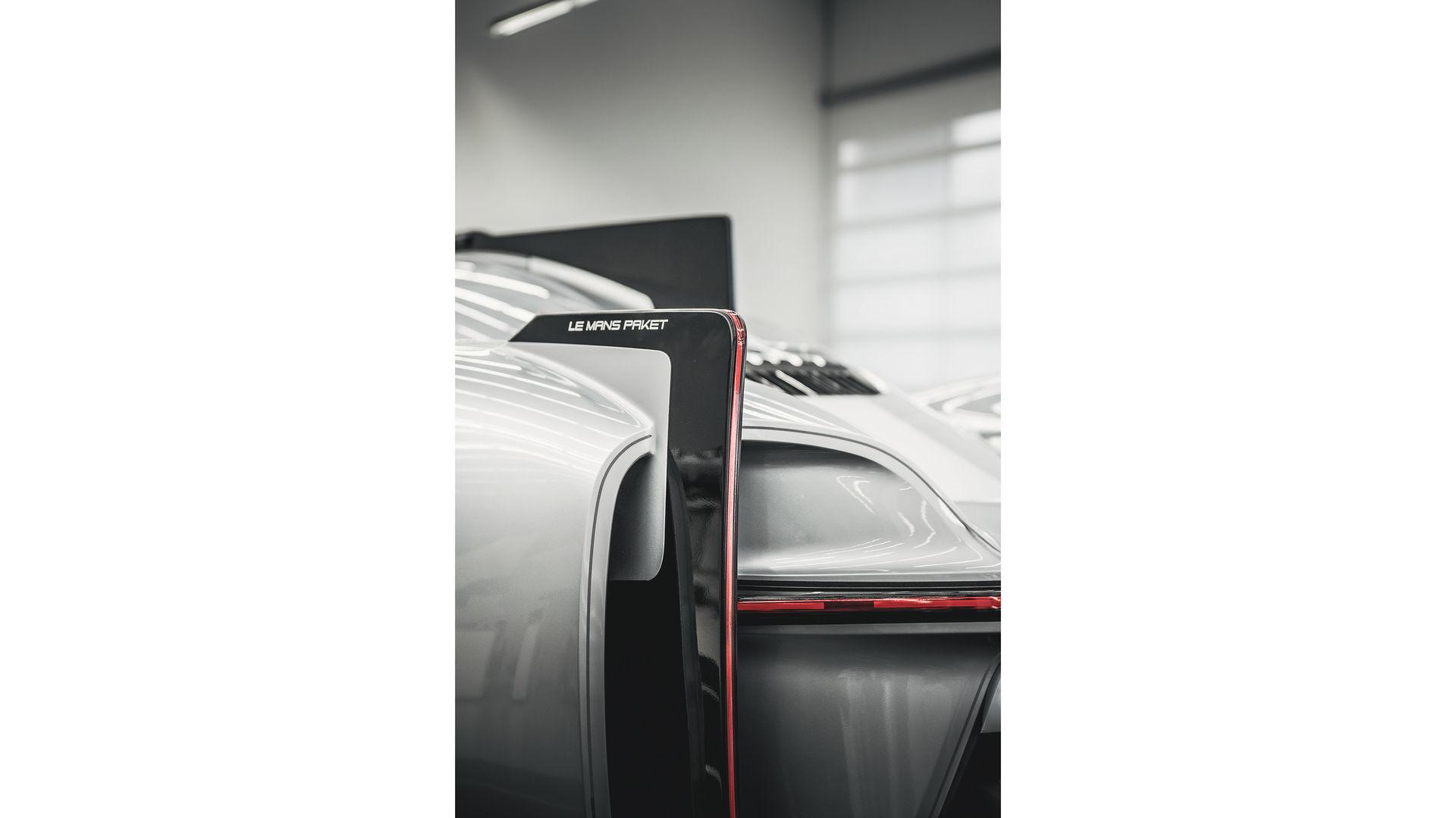 Porsche-919-Street-11