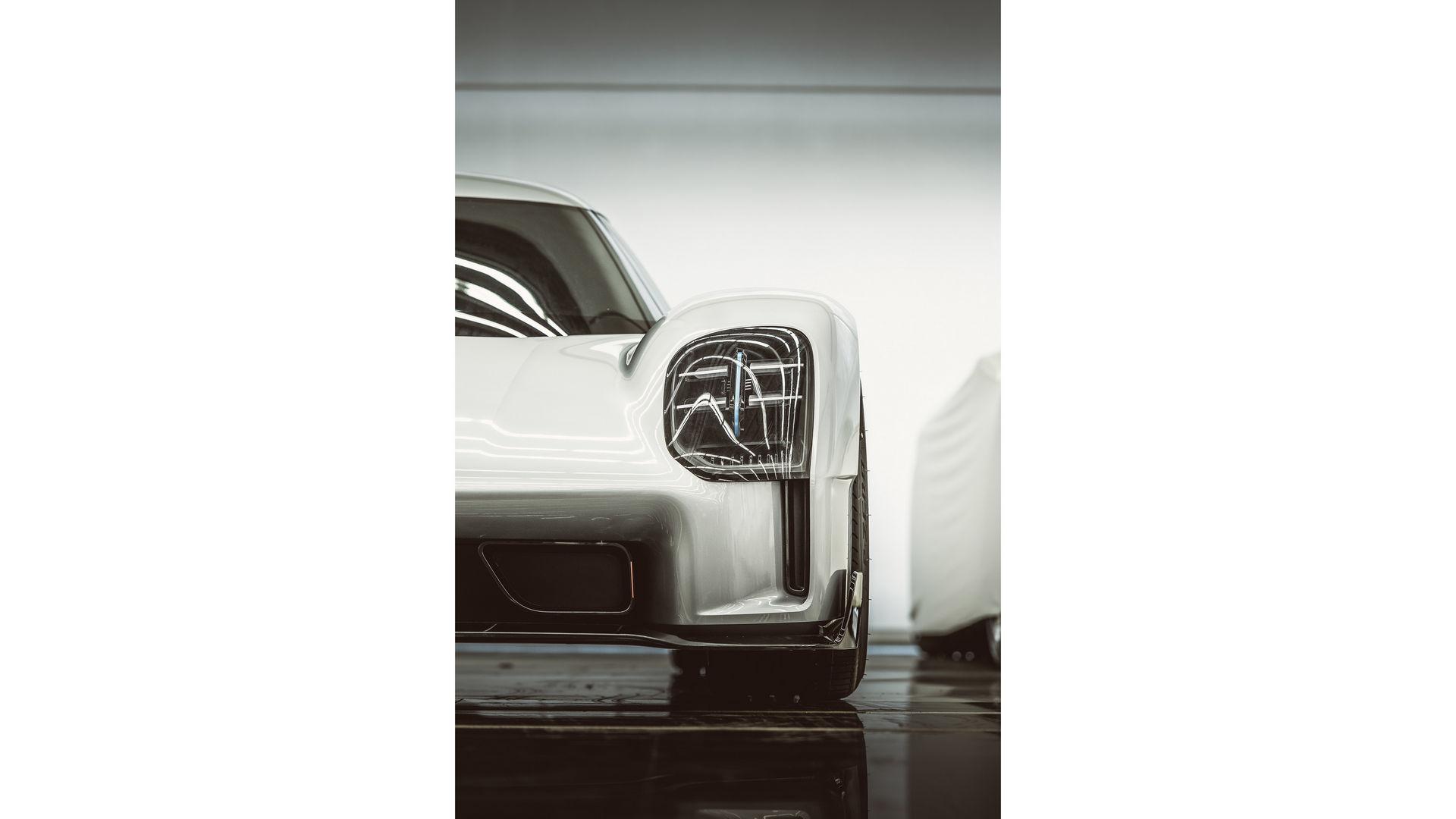 Porsche-919-Street-12