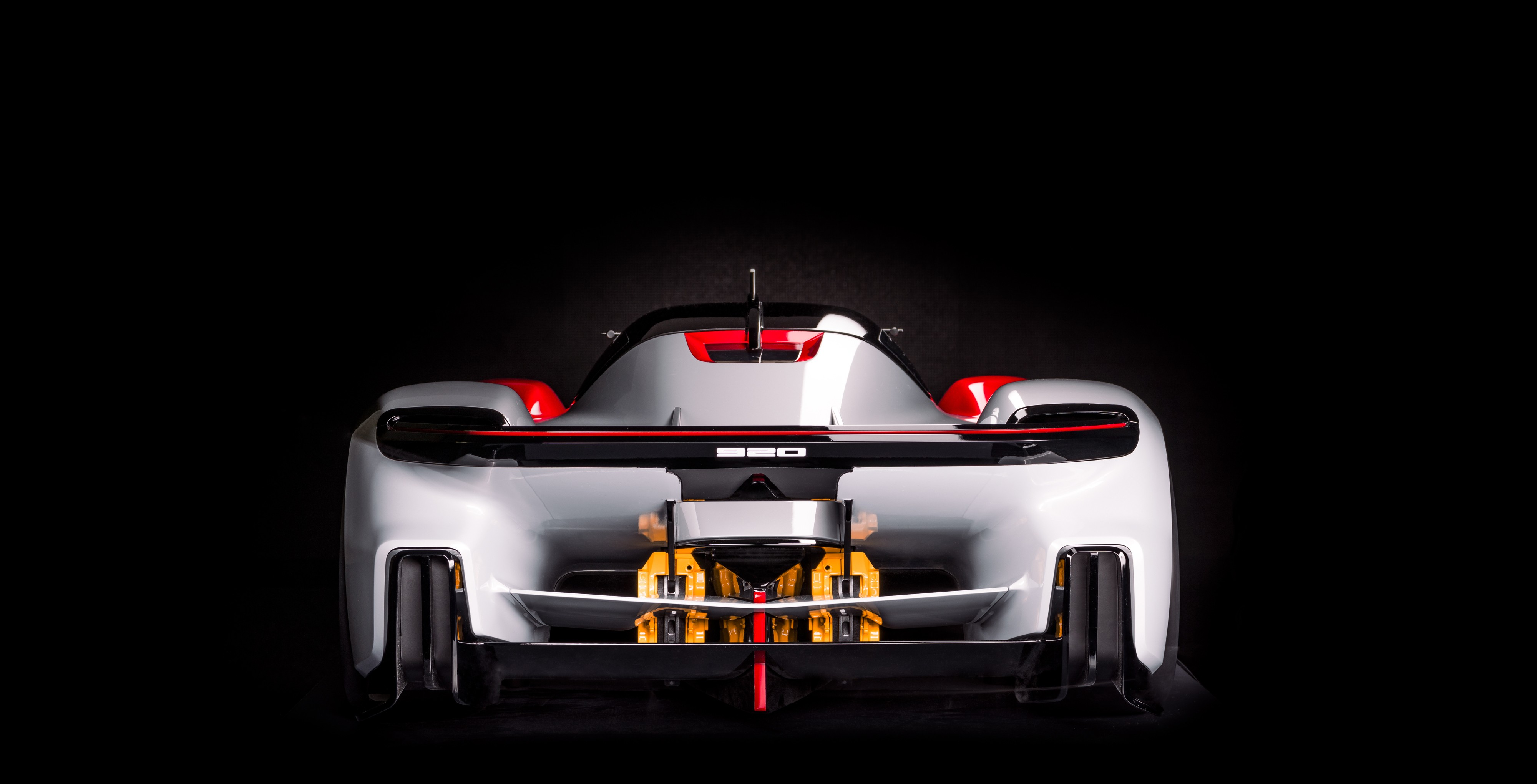Porsche-Vision-920-3