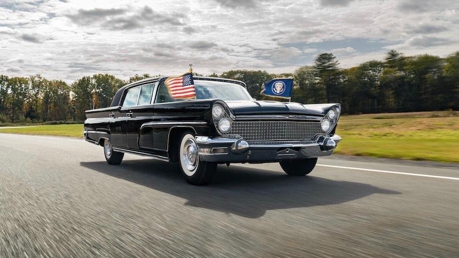 President-Kennedy-Lincolns-5