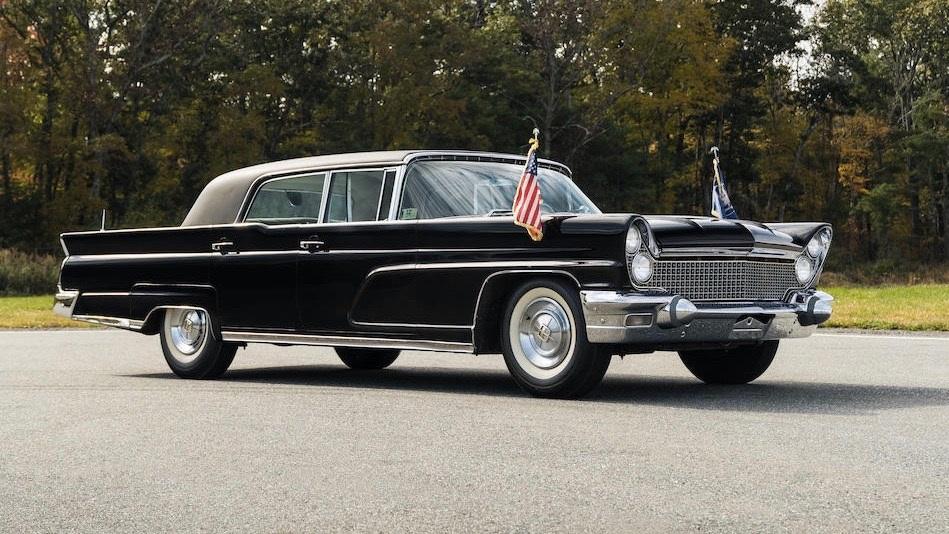 President-Kennedy-Lincolns-6