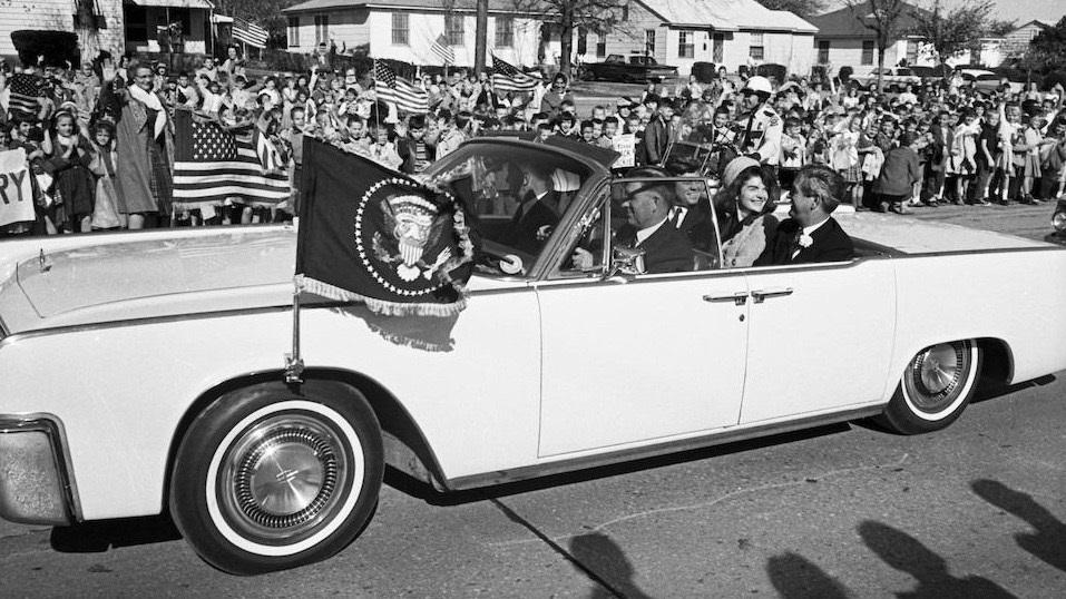 President-Kennedy-Lincolns-7