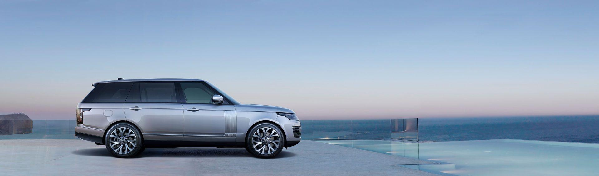 2021-Range-Rover-41