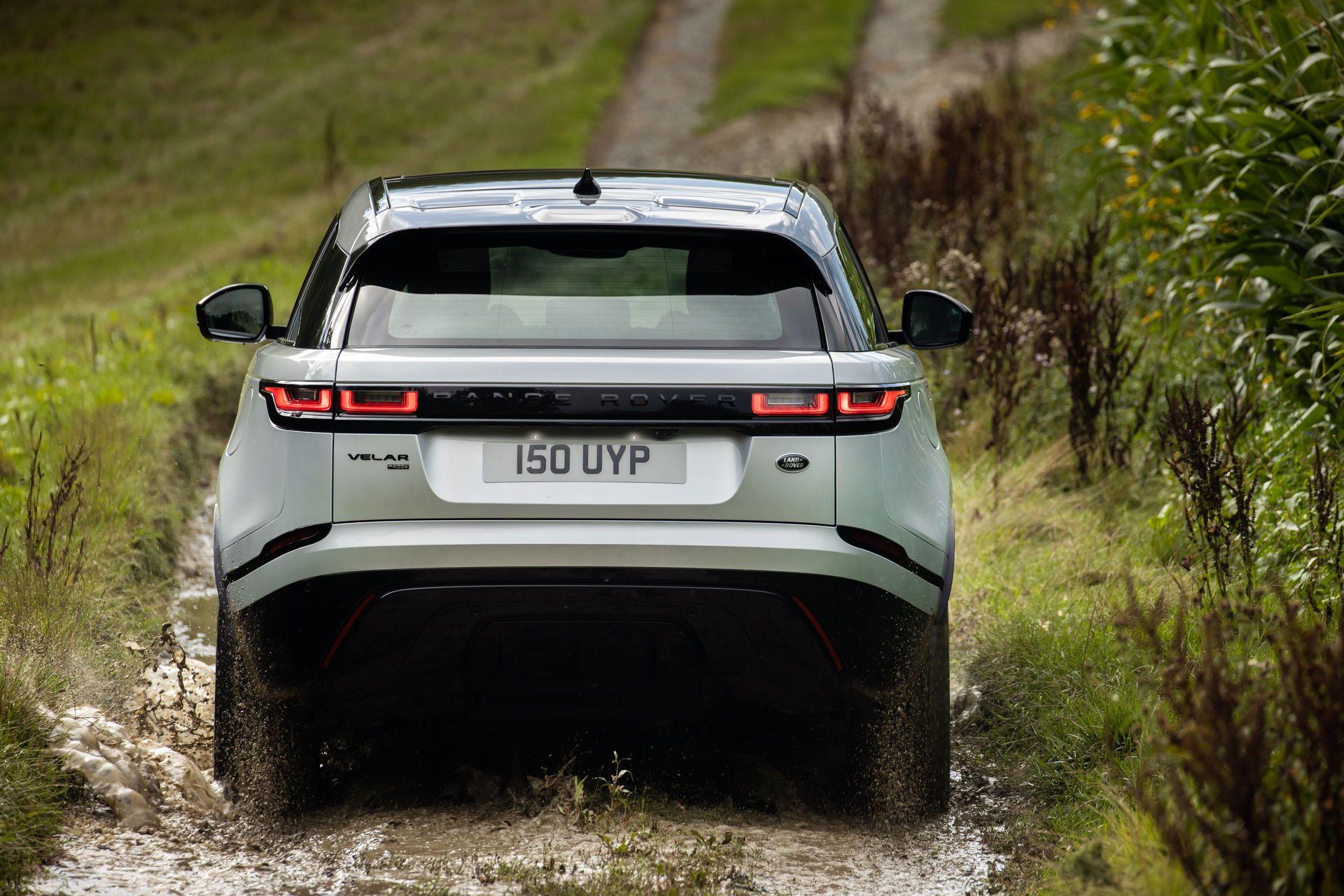 Range-Rover-Velar-2021-10