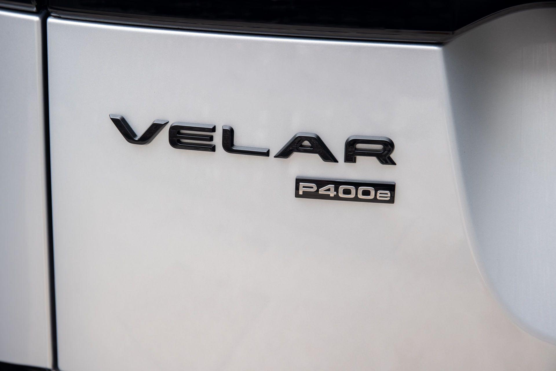 Range-Rover-Velar-2021-26