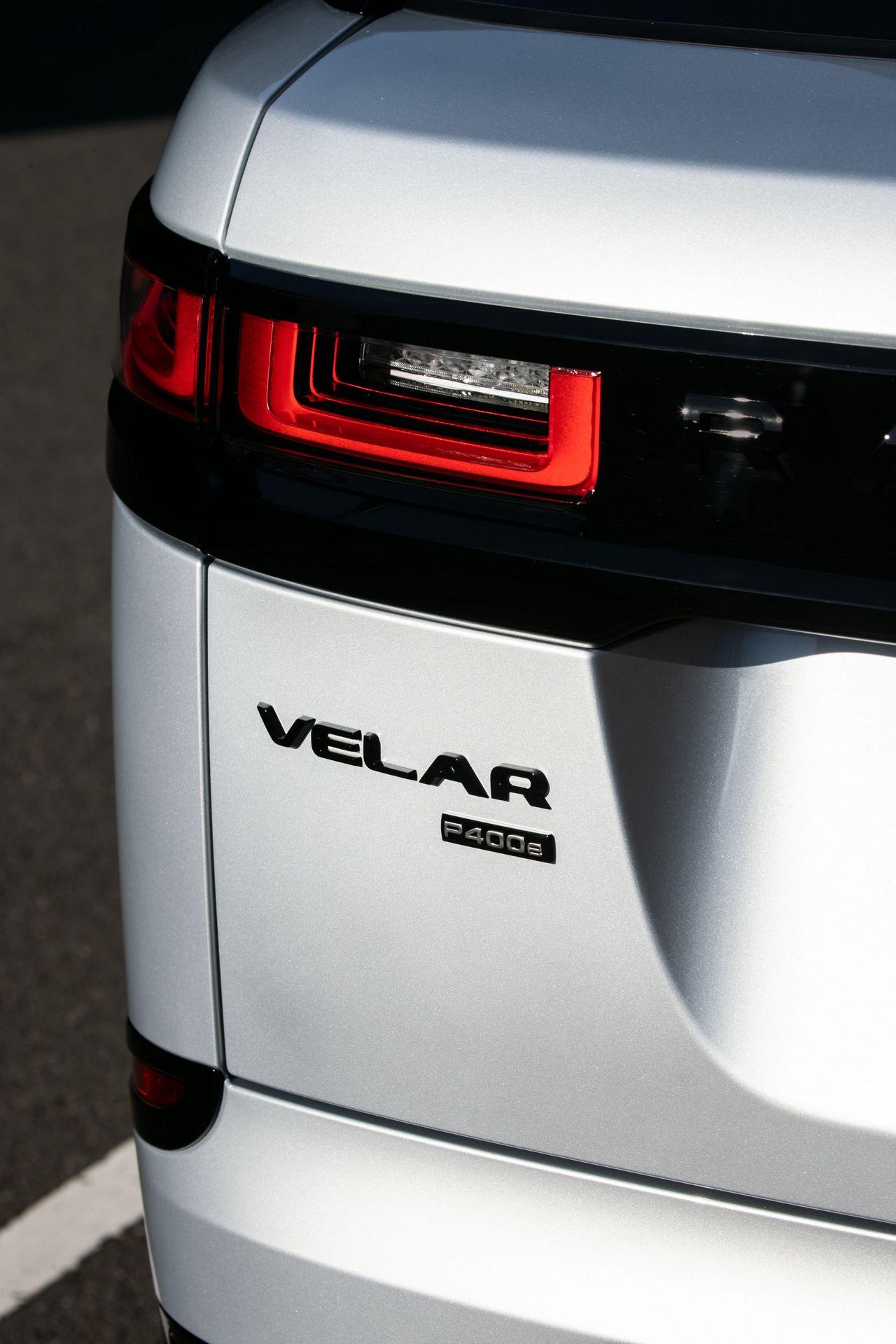 Range-Rover-Velar-2021-28
