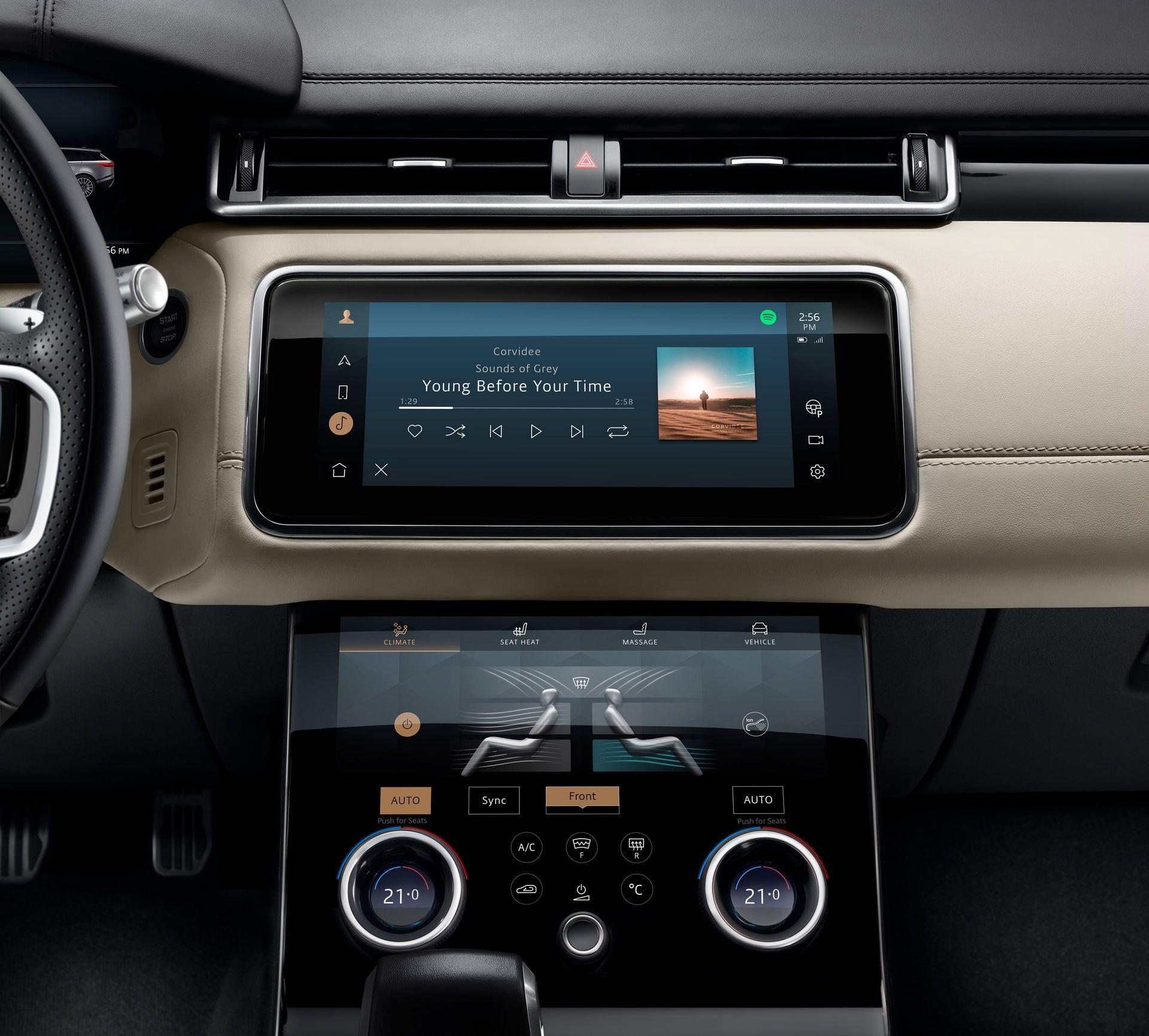 Range-Rover-Velar-2021-34