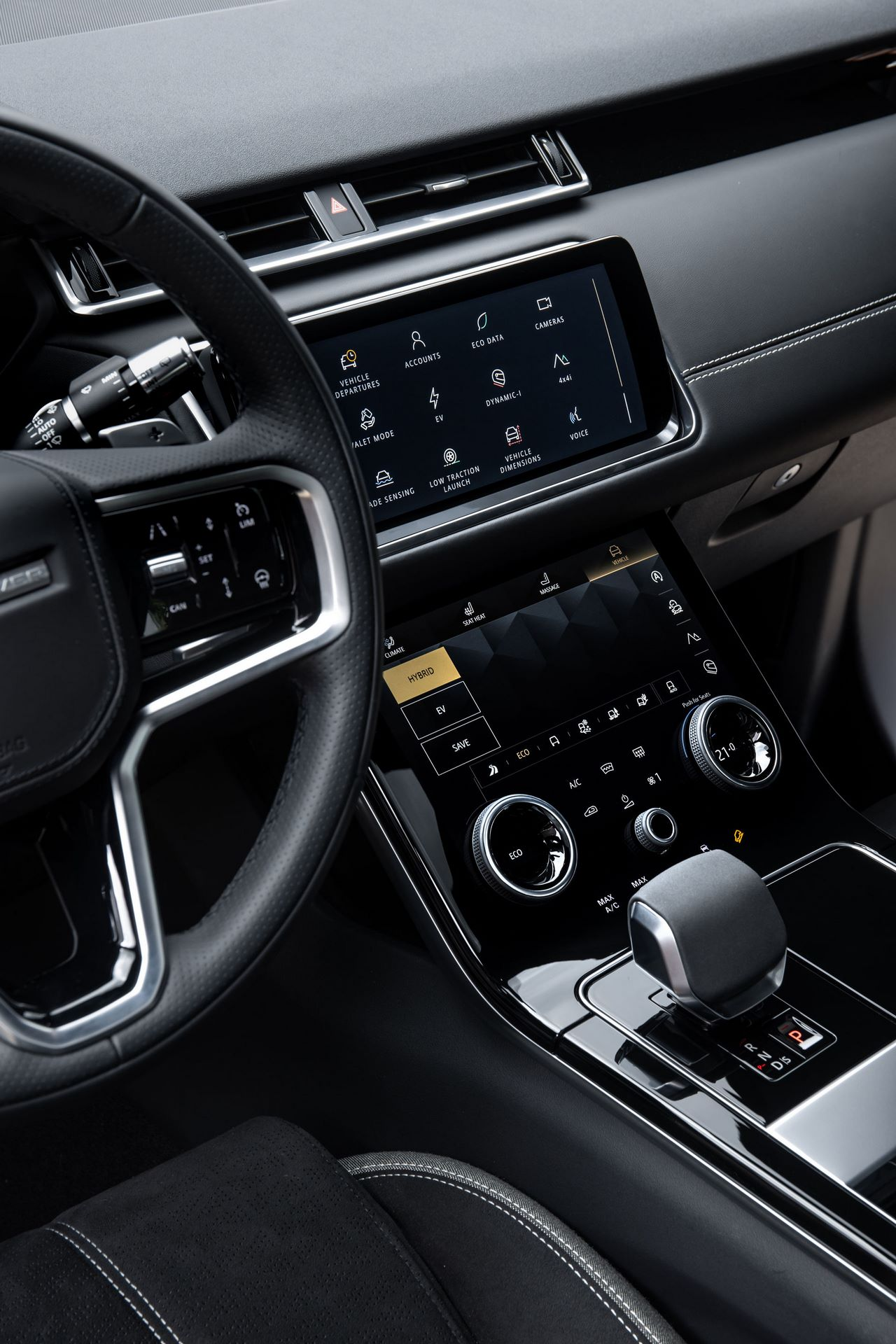 Range-Rover-Velar-2021-37