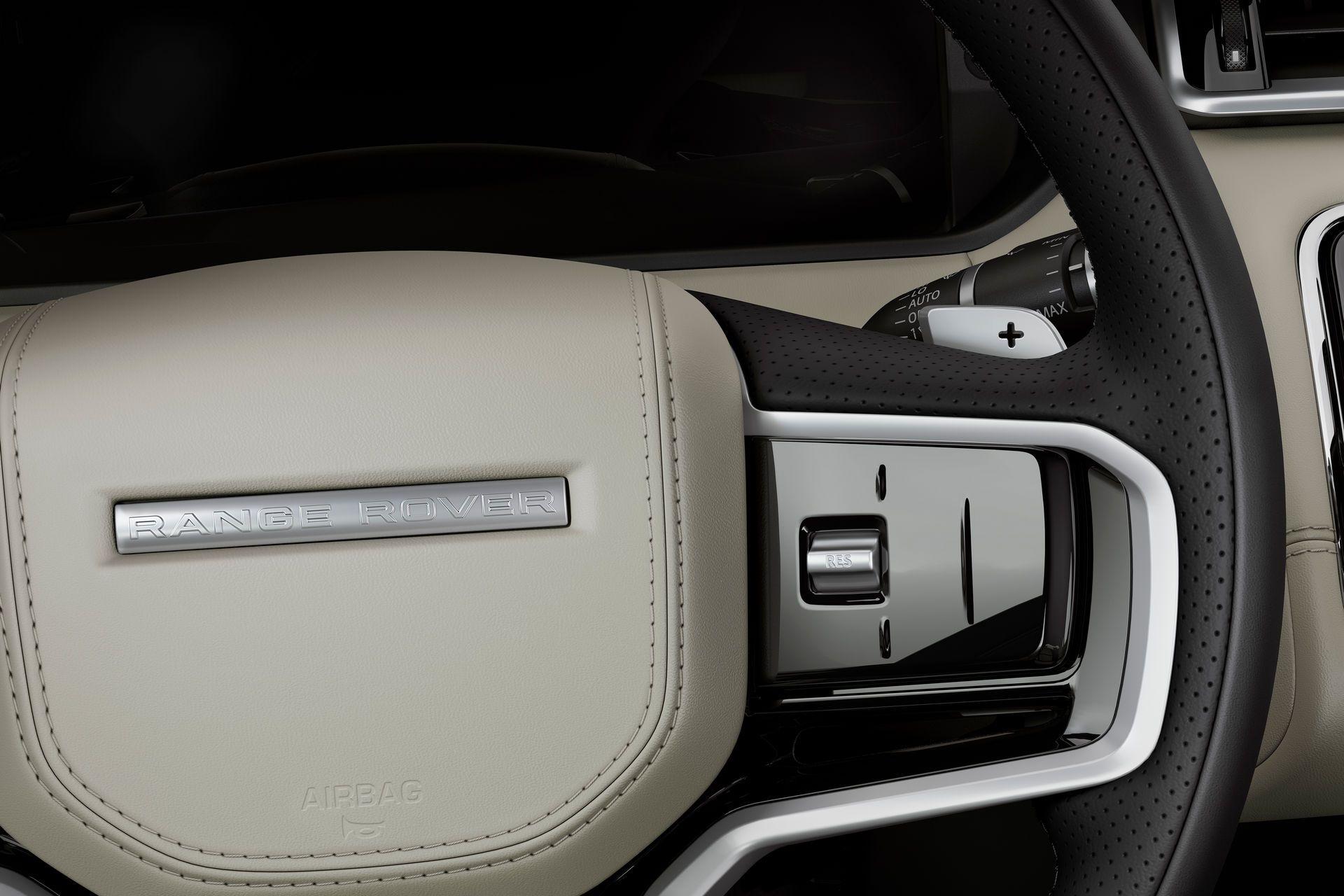 Range-Rover-Velar-2021-39