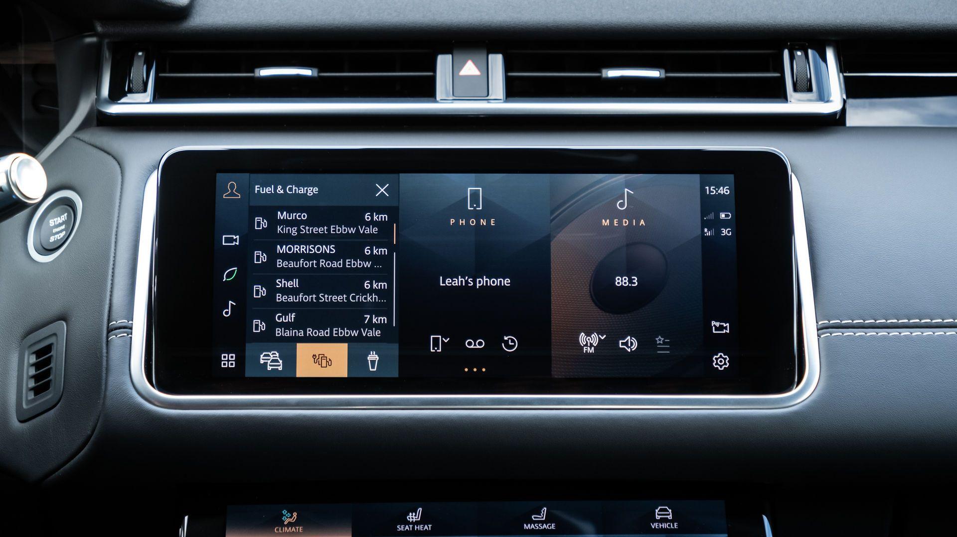 Range-Rover-Velar-2021-50
