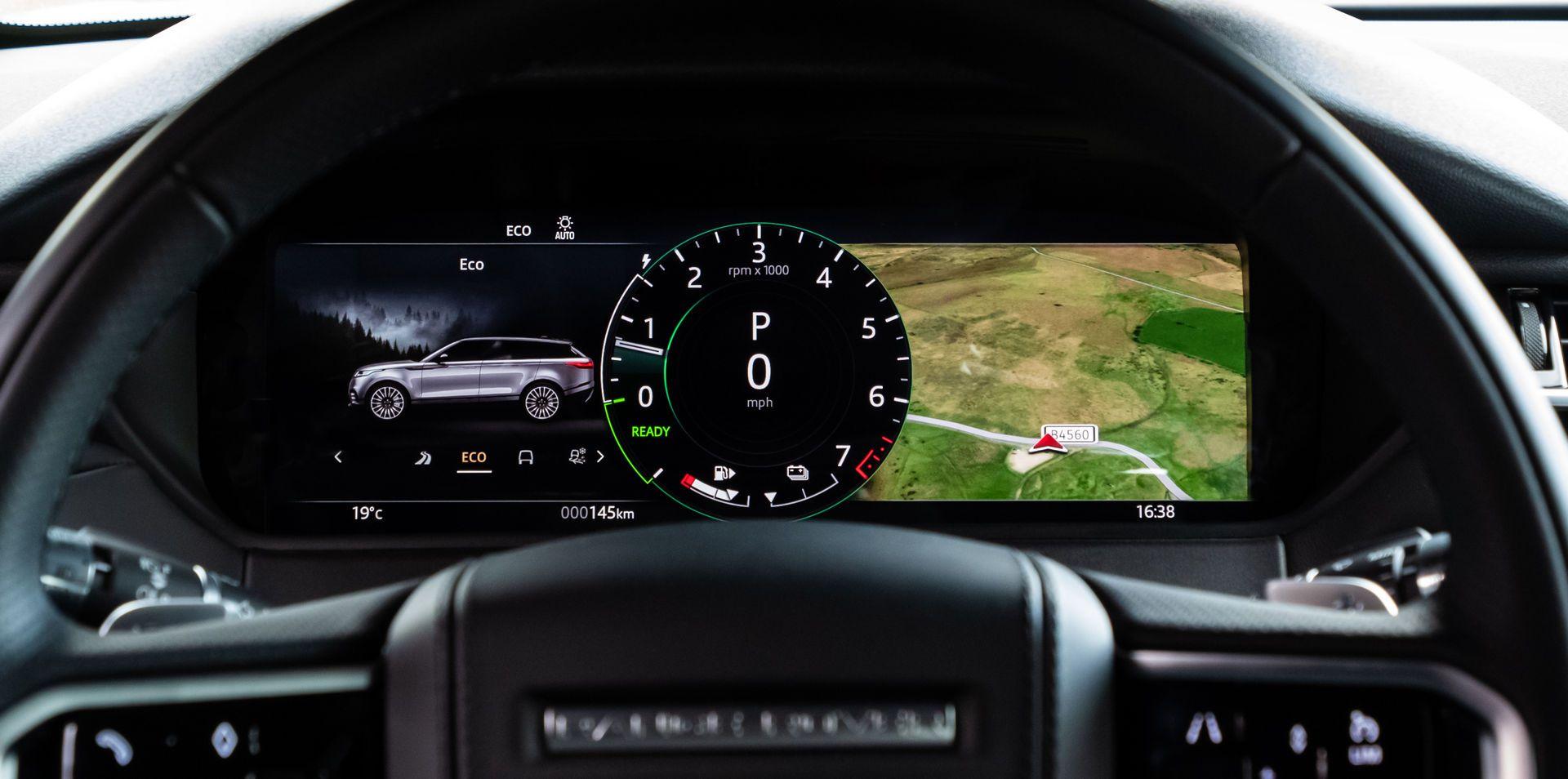 Range-Rover-Velar-2021-52