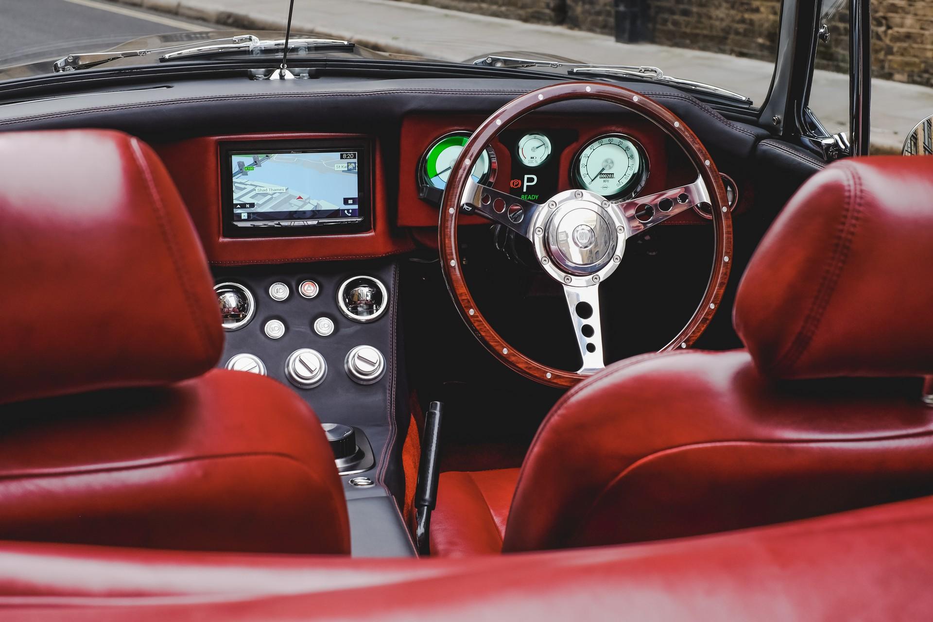 RBW-EV-Roadster-17