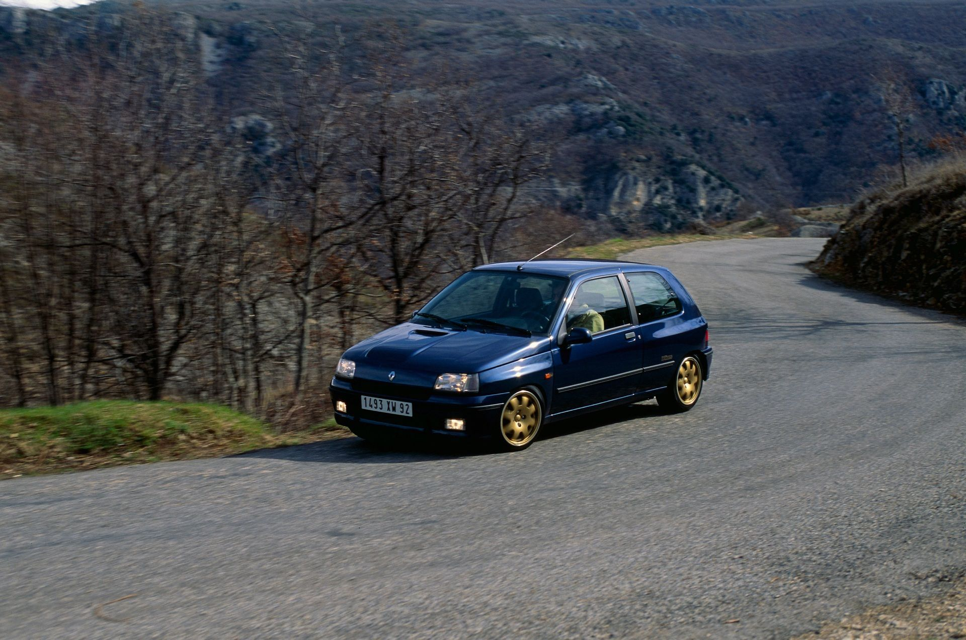 2020-30-years-of-Renault-CLIO-Renault-CLIO-I-1990-1999-10